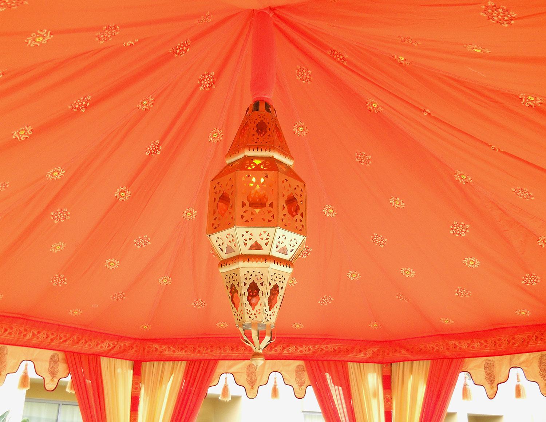 raj-tents-lighting-glowing-moroccan-lamp.jpg