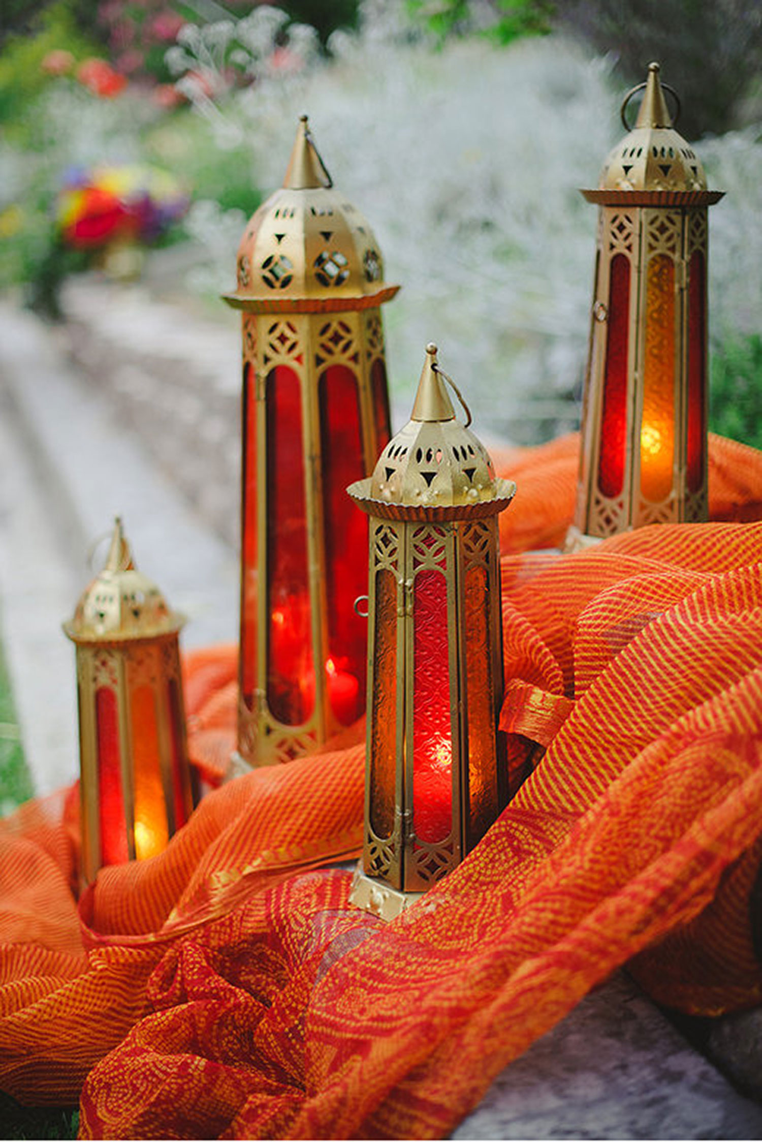 raj-tents-lighting-standing-lamps-with-candles.jpg
