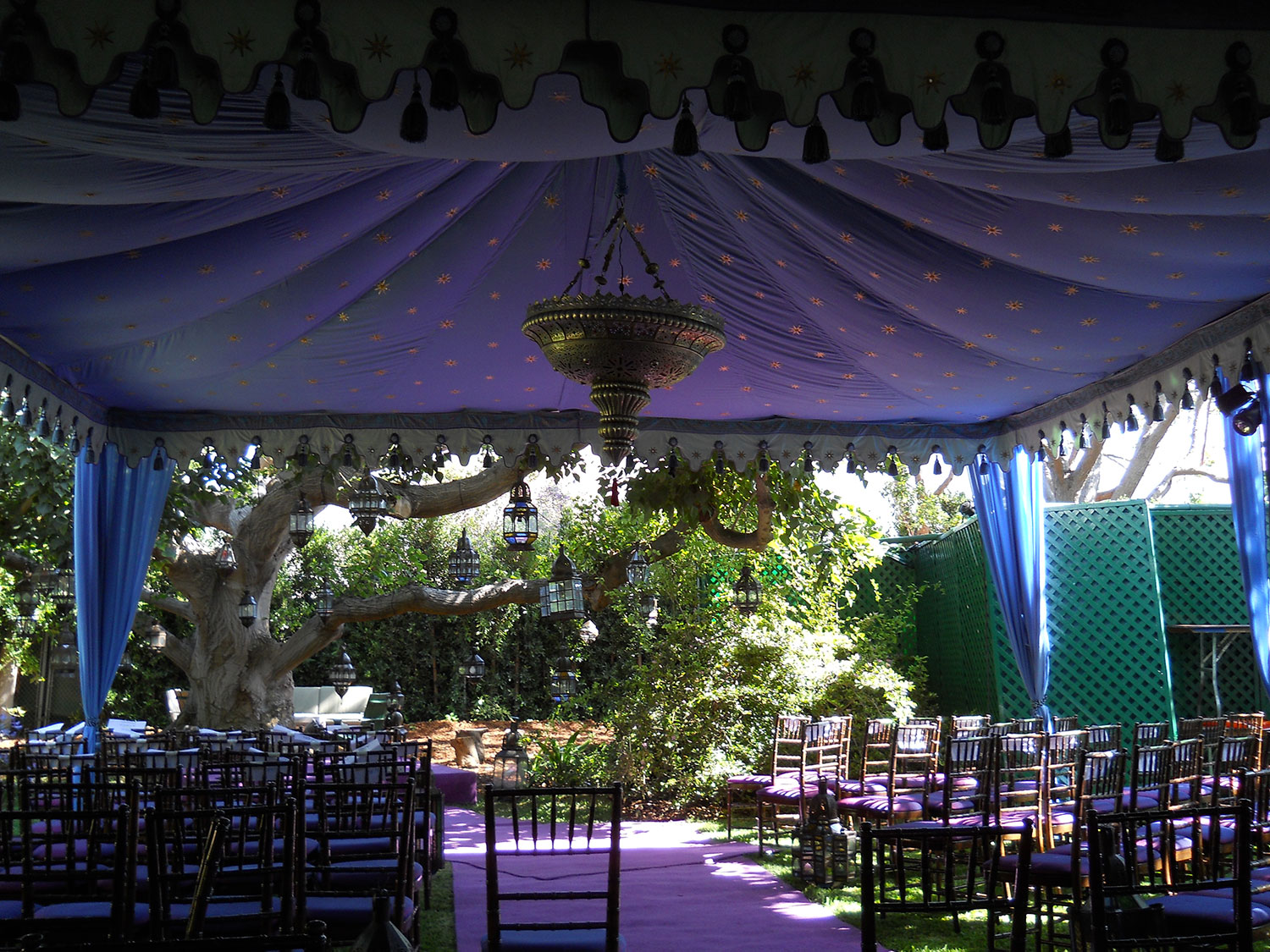 raj-tents-moroccan-theme-ceremony-tent.jpg