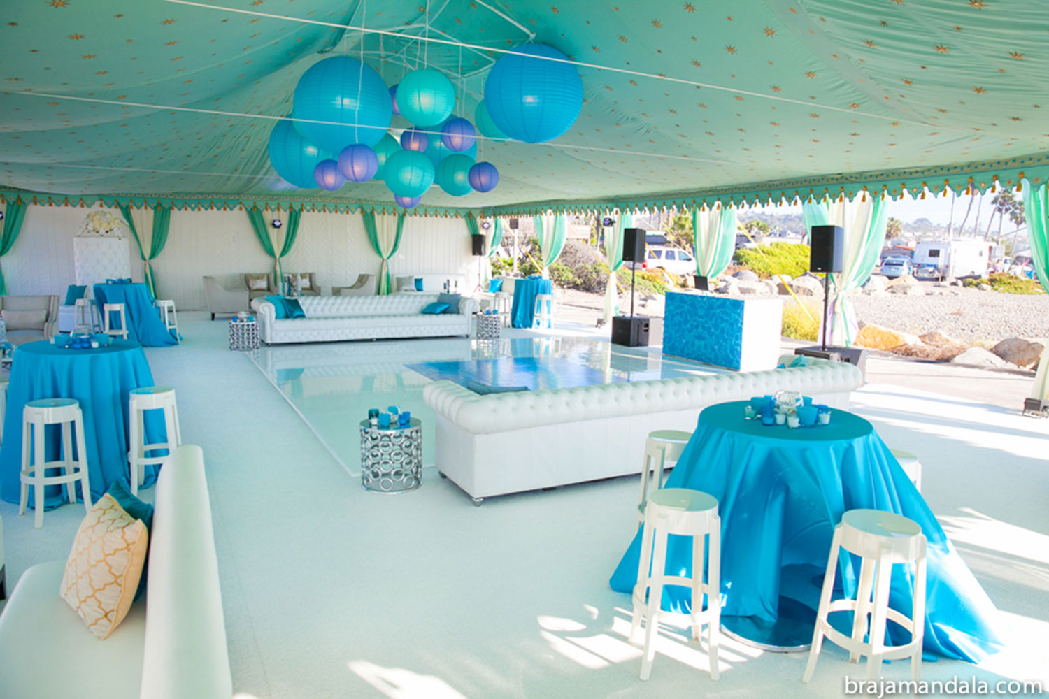 raj-tents-beach-chic-theme-interior-frame-tent.jpg