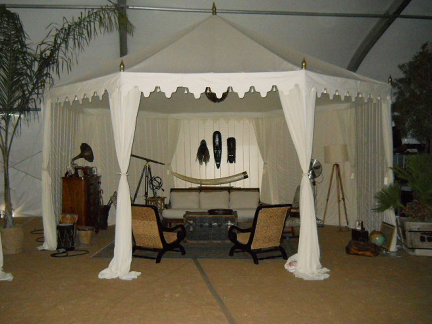 raj-tents-other-themes-boho-chic.jpg