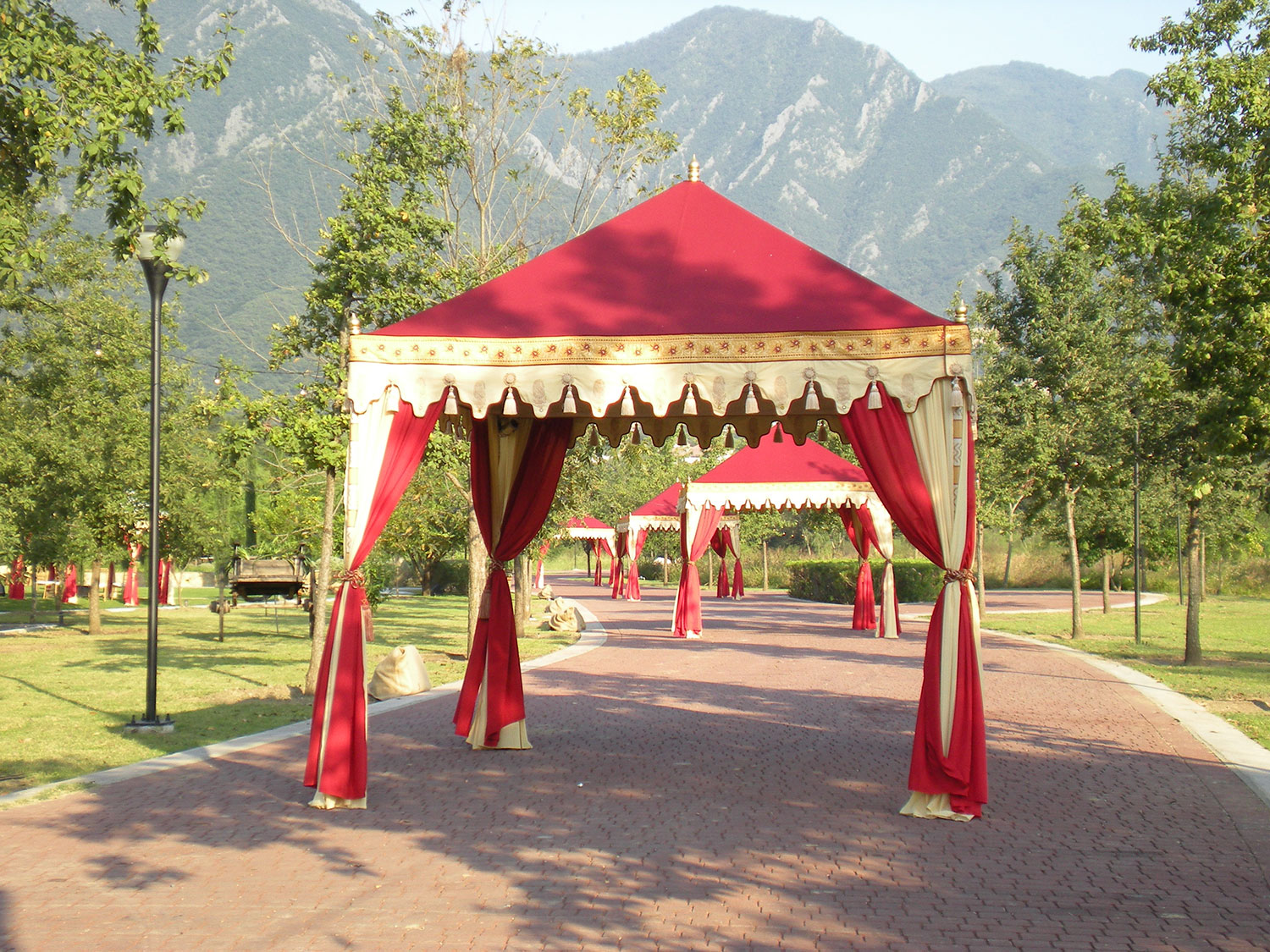 raj-tents-destination-events-pergola-mountains.jpg