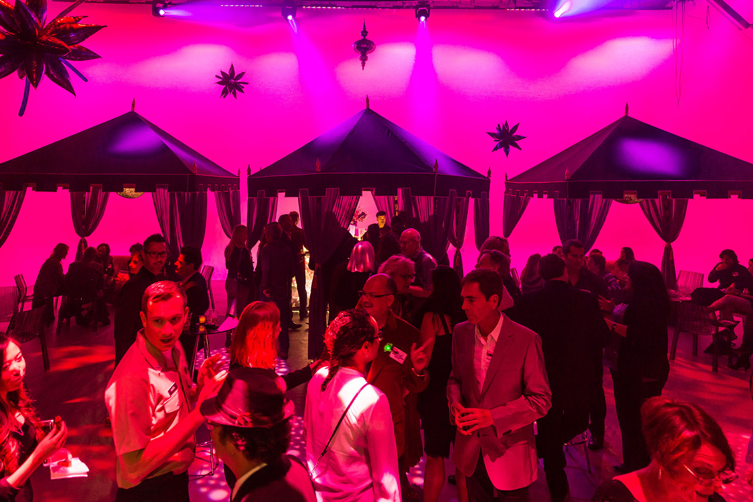 raj-tents-other-themes-old-hollywood-indoors.jpg
