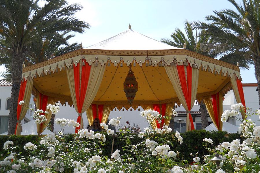 Raj Tents Cream and Honey glow Grand Pavilion with Ajmer lamp.jpg
