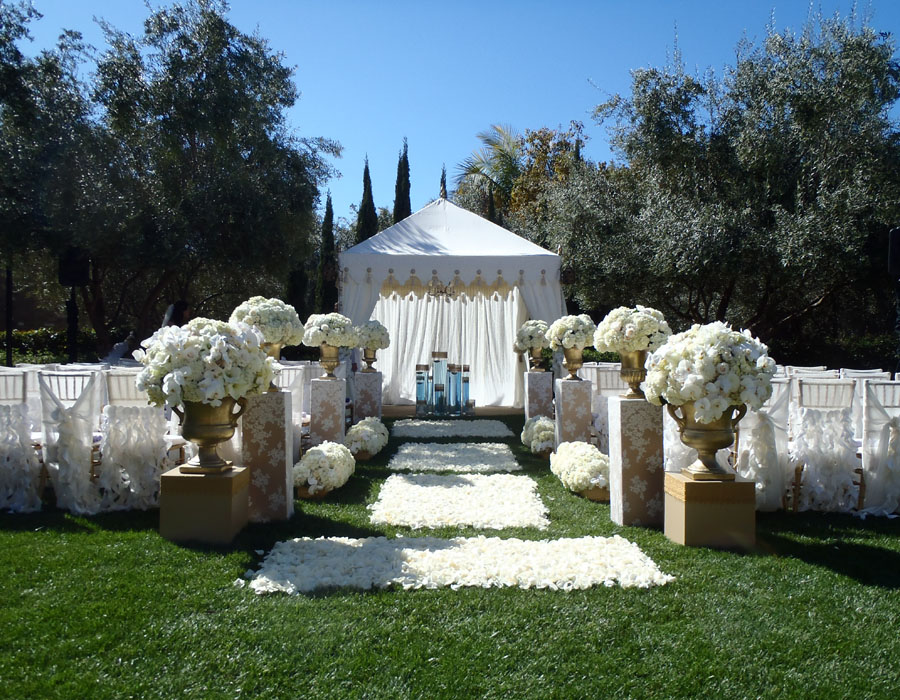 cream pergola ceremony installation 4.jpg
