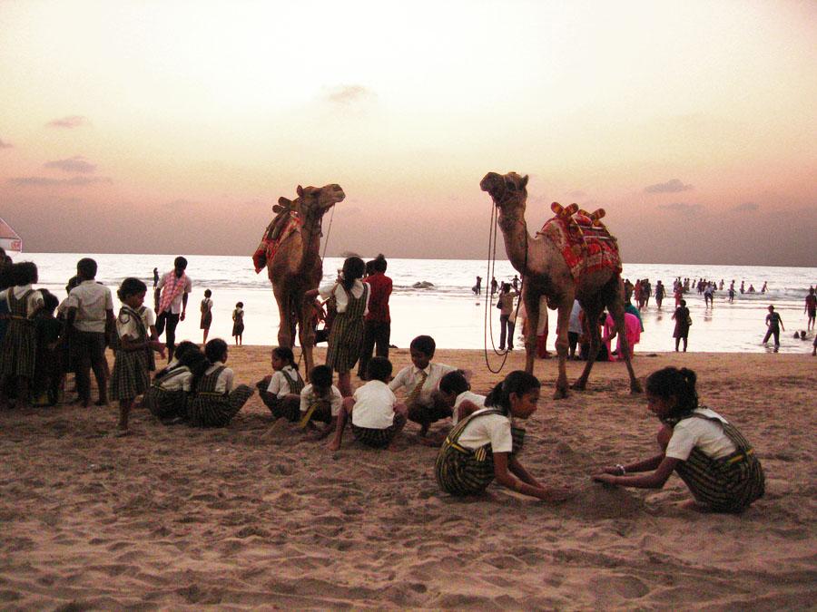 Sunset on beach at Gokarna, Karnataka 1.jpg