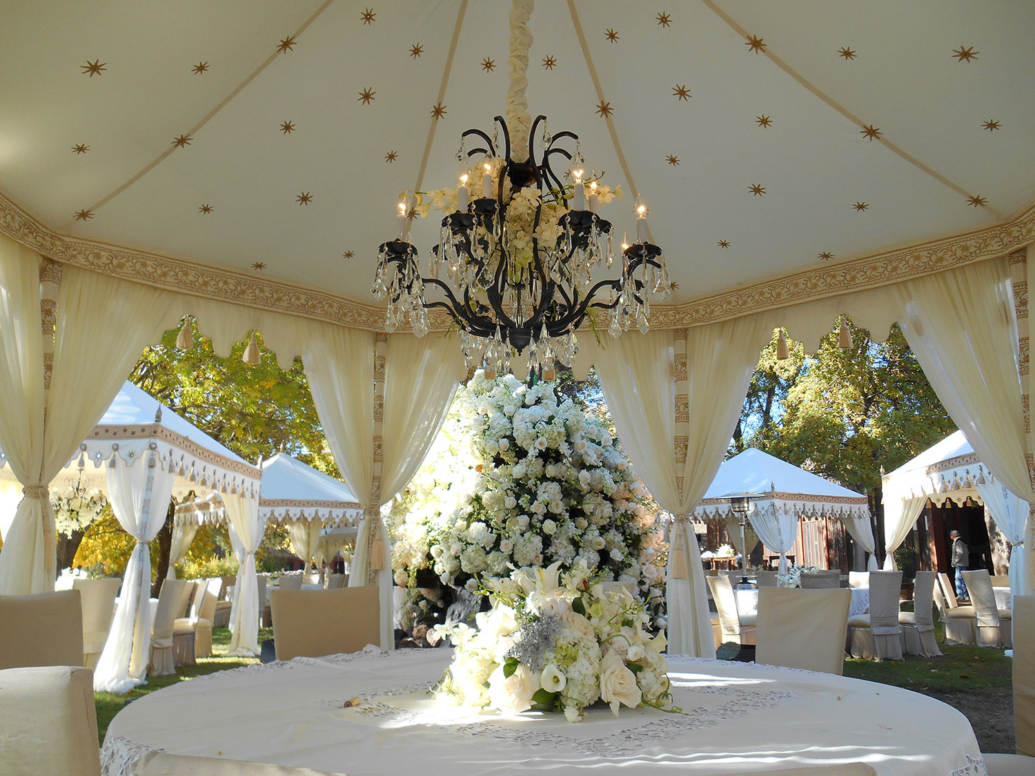 raj-tents-old-hollywood-theme-elegant-white.jpg