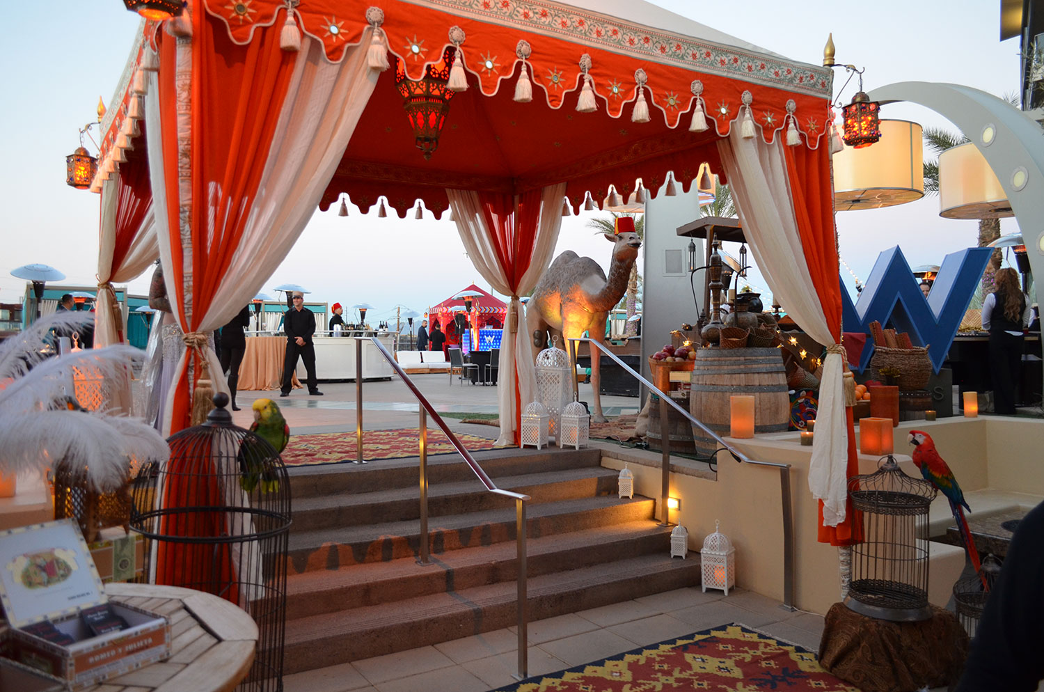 raj-tents-old-hollywood-theme-hotel-party.jpg