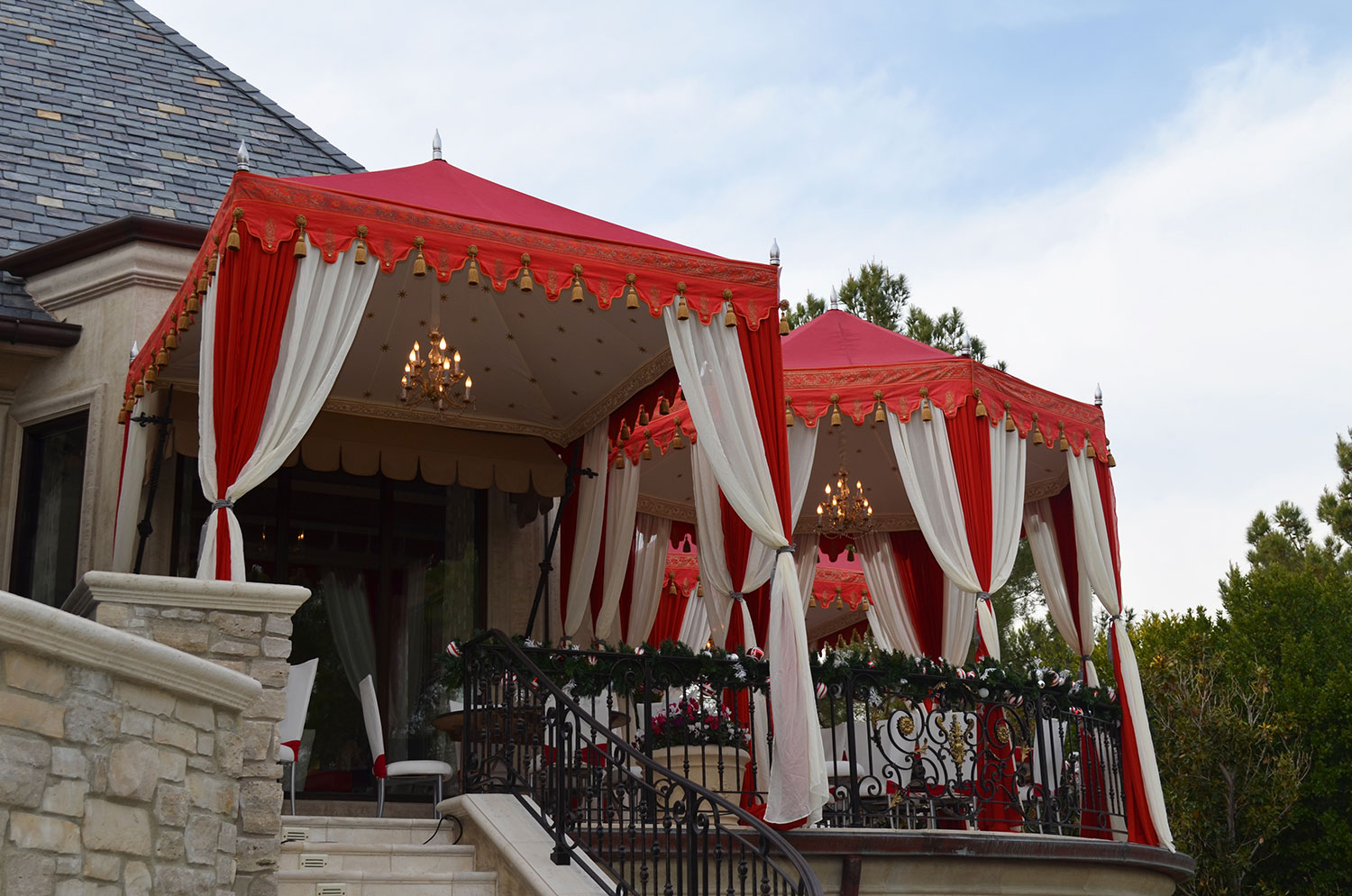 raj-tents-old-hollywood-theme-mansion-tents.jpg