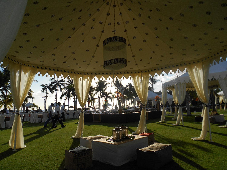 raj-tents-safari-chic-interior.jpg