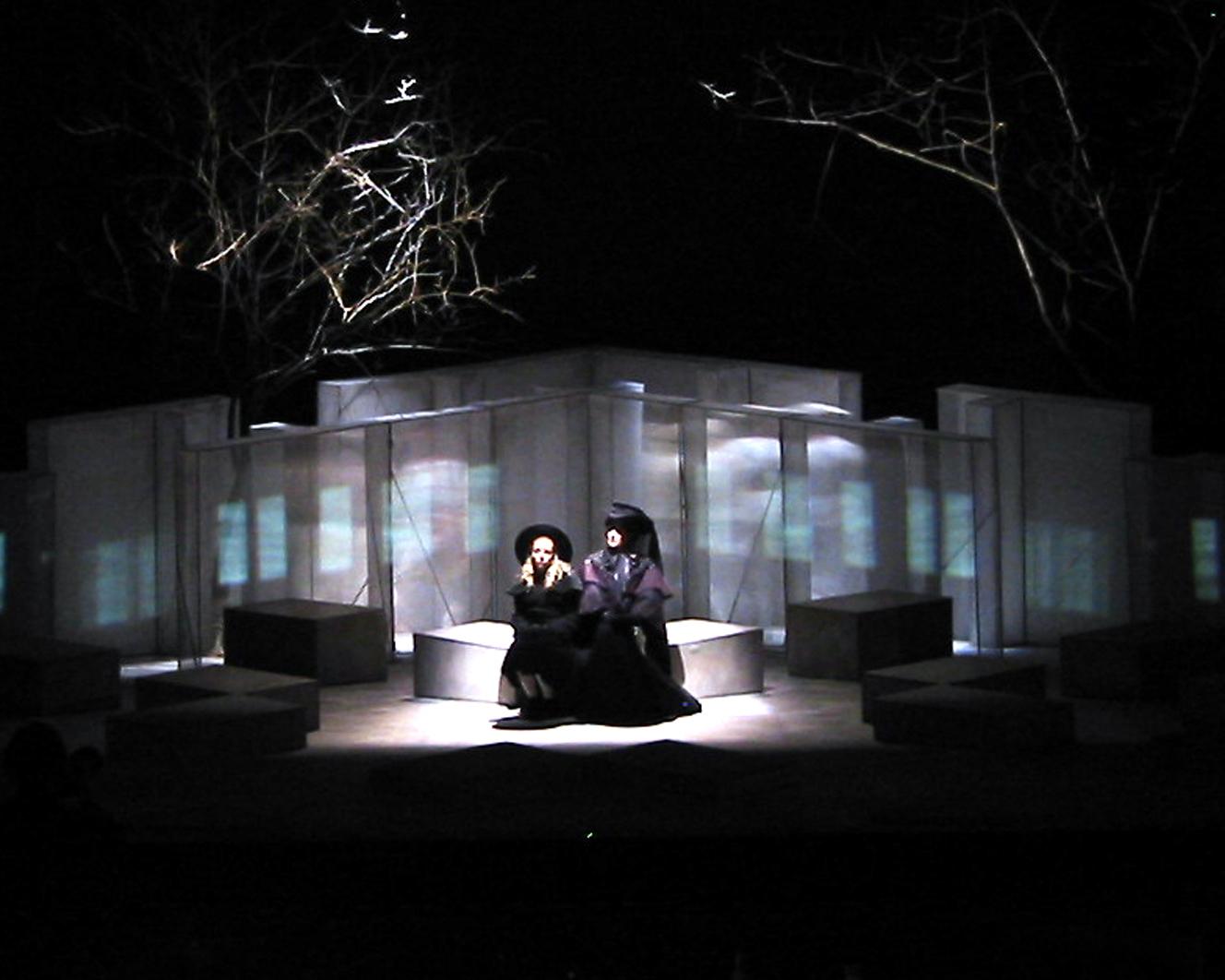 secret-garden-nysti-06.jpg