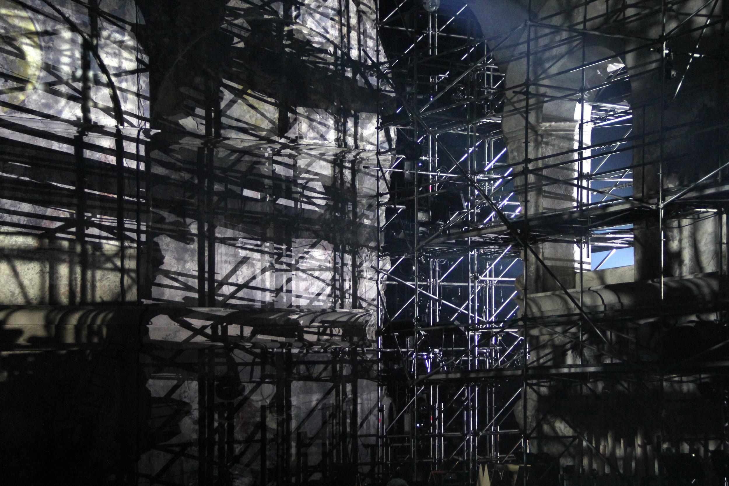 Jesus-Christ-Superstar-Act-00-Scaffolding-06.JPG