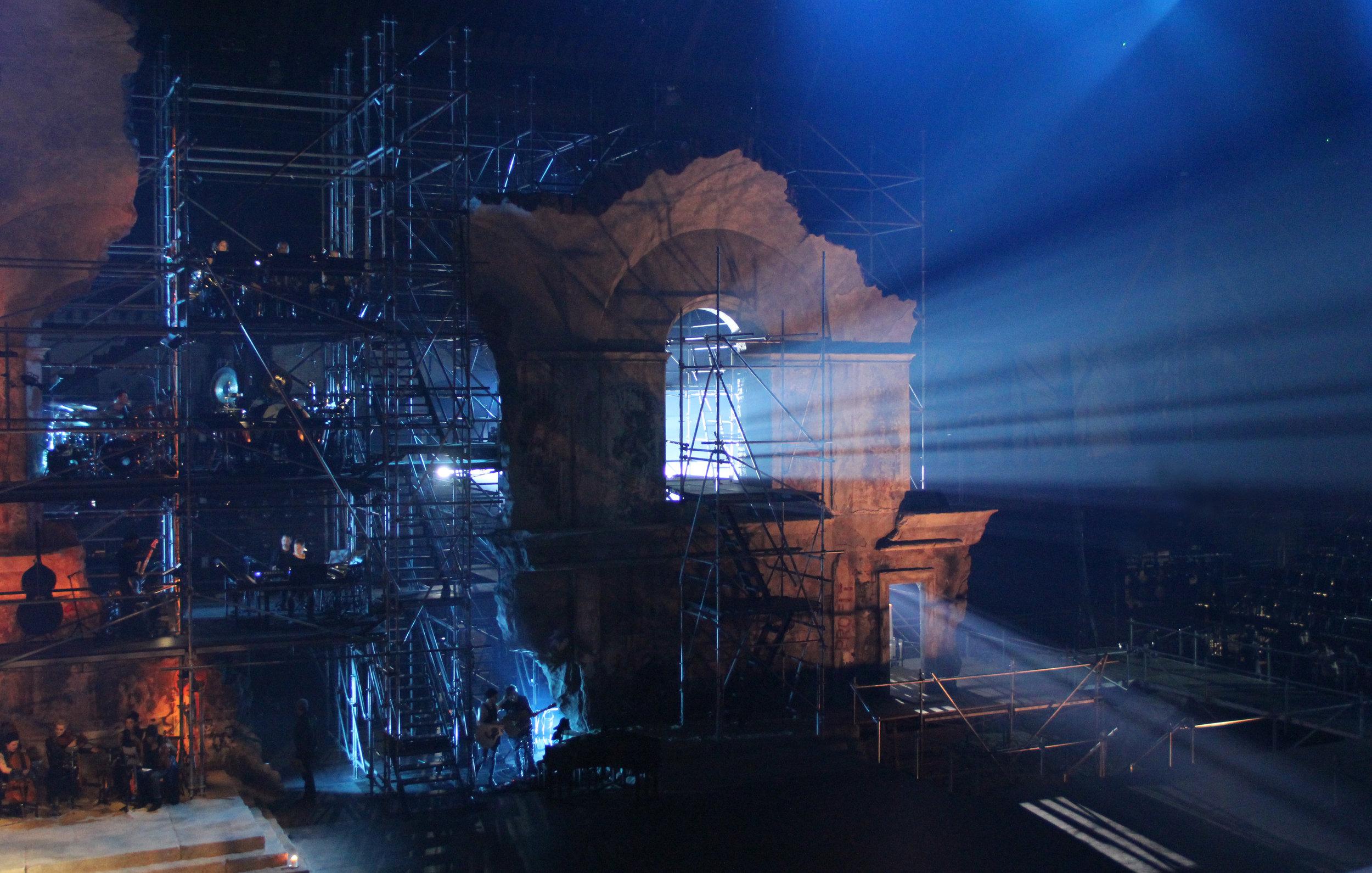 Jesus-Christ-Superstar-Act-00-Scaffolding-08.JPG