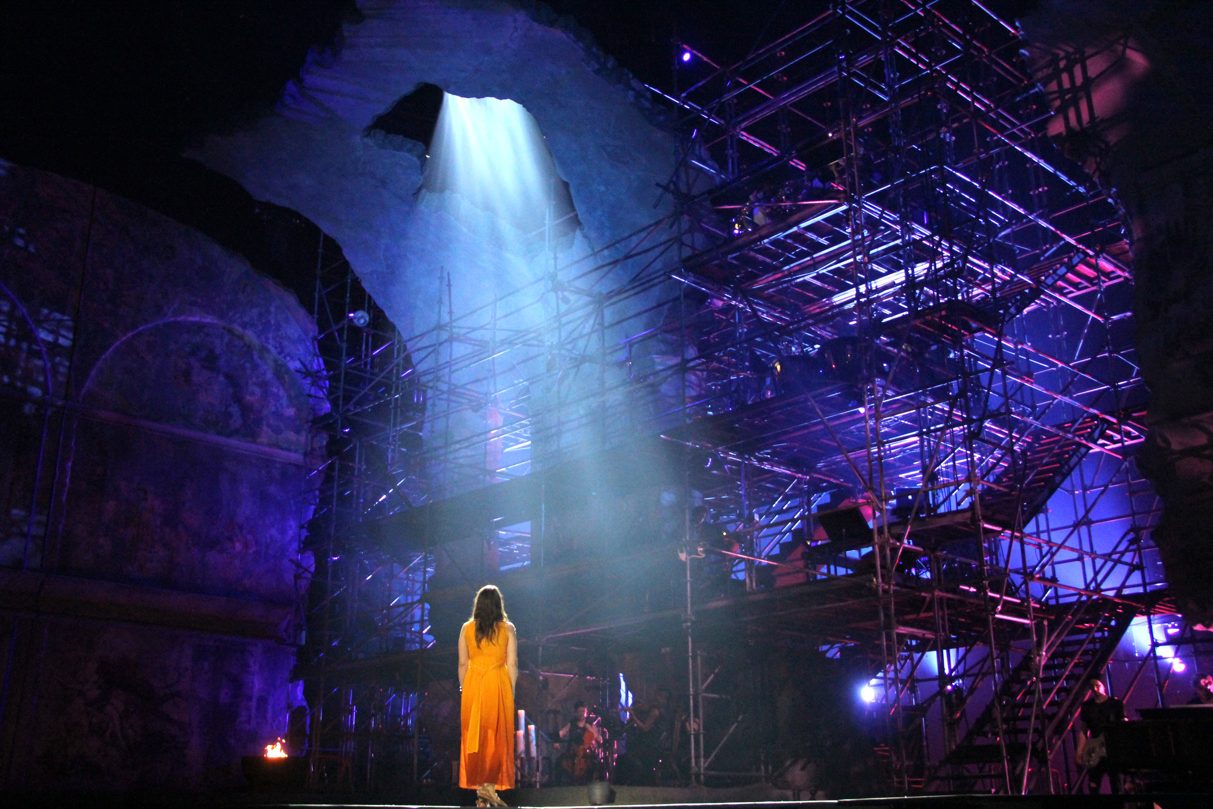 Jesus-Christ-Superstar-Act-04-I-Dont-Know-How-To-Love-Him-02.JPG