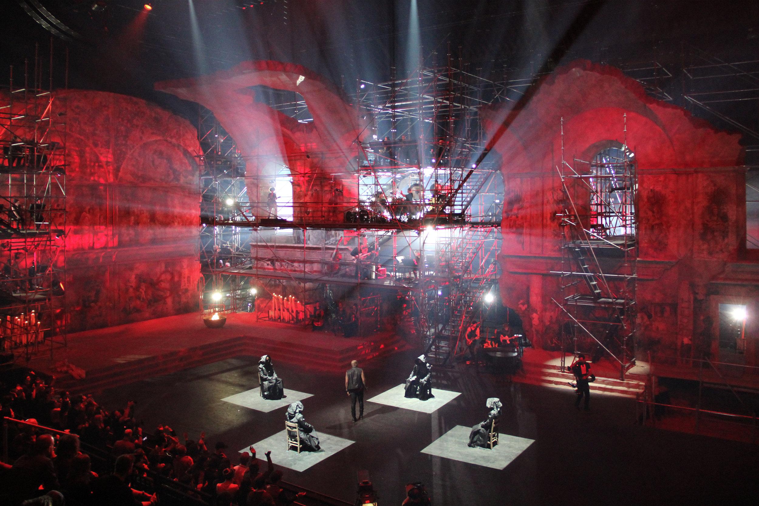 Jesus-Christ-Superstar-Act-05-Blood-Money-03.JPG