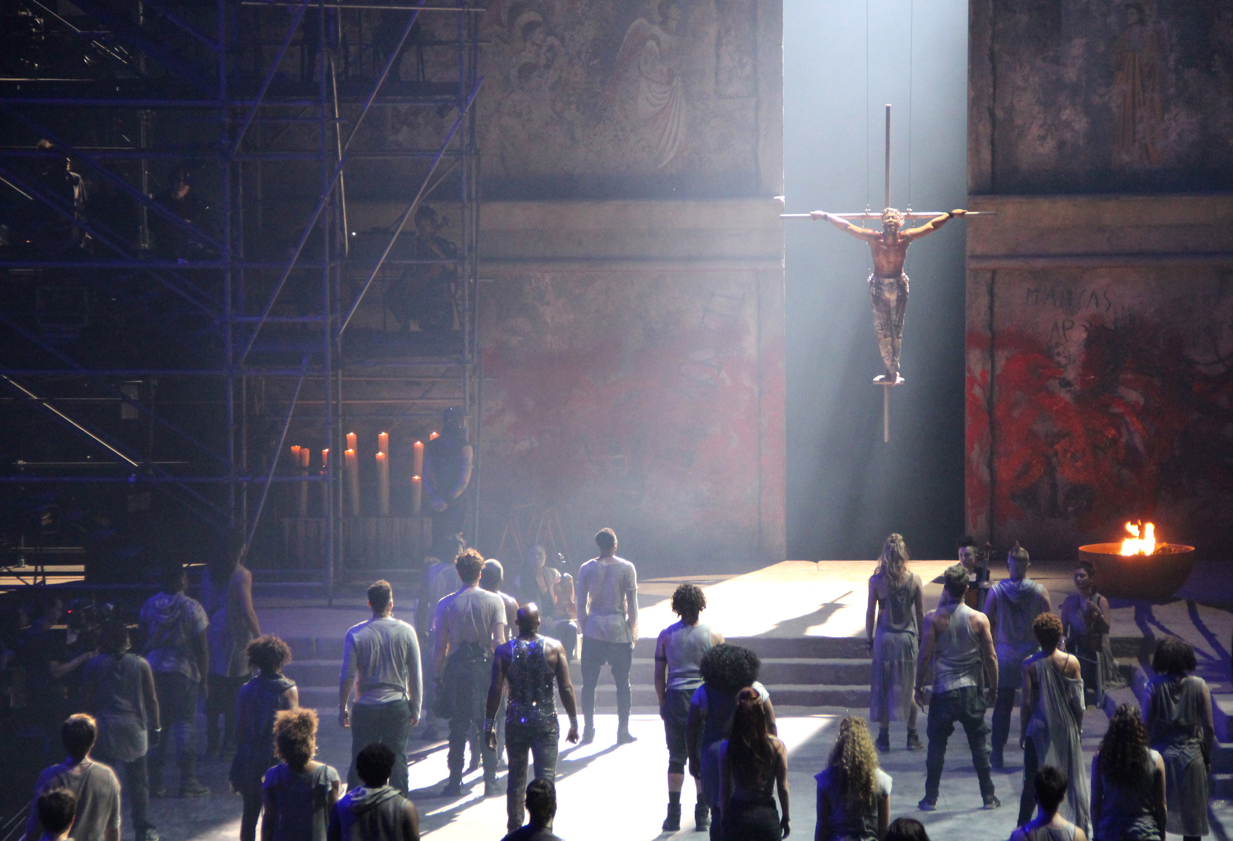 Jesus-Christ-Superstar-Act-10-Crucifixion-02.jpg