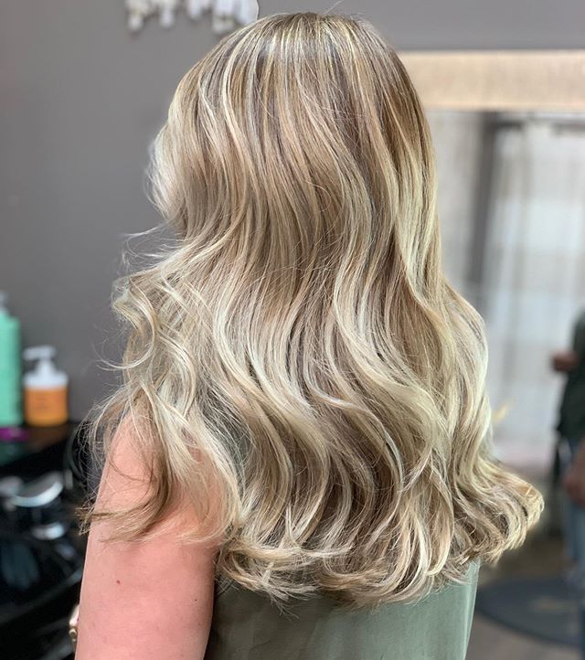 Bright creamy blonde 😍🧁🍨🤤 . . . Going brighter for summer , even in this gloomy weather !! ☀️🌼 classic highlights and fresh haircut for this babe 🙌🏼 . . . #friendsdontletfriendshaveuglyhair #studionikki #highlights #blondehair #blondehighlights #summerhair /#sanjosehair #sanjosehairstylist #sanjose #bayareahair #bayareahairstylist #siliconvalley #siliconvalleyhair #willowglenhairstylist #downtownwillowglen #solasalons #solawillowglen #redken #beforeandafter #babylights