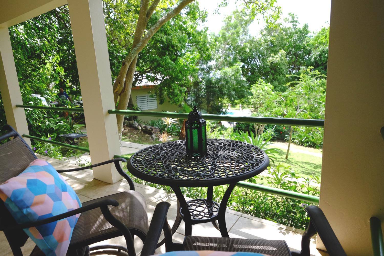 verde porch2 WO.jpg