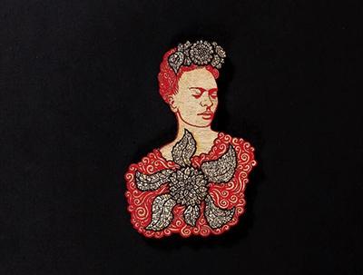 La Dama Black Red