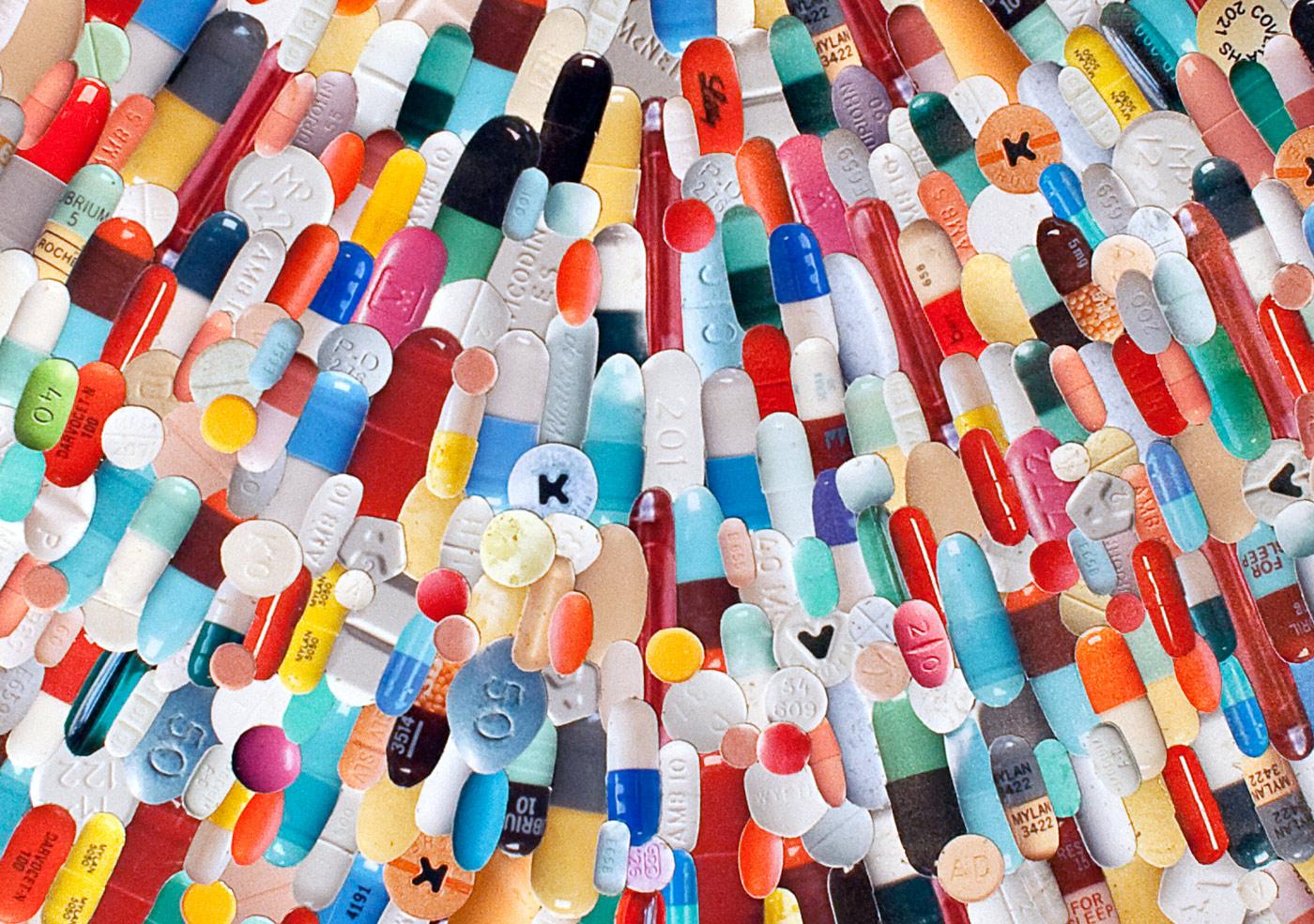 Web_re_2013_Heart_(Pills)_D1.jpg