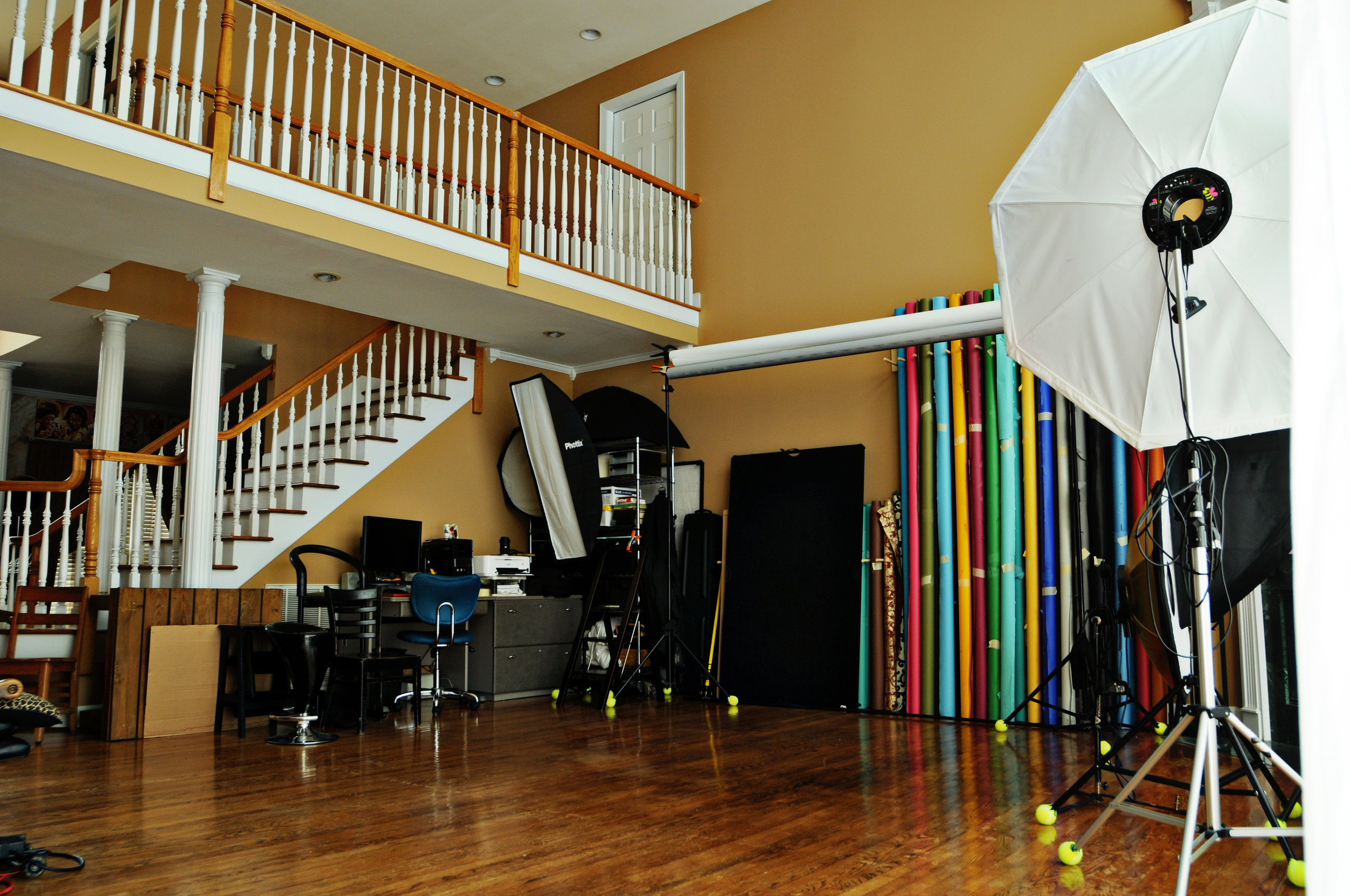 Pro Backdrops & Lighting