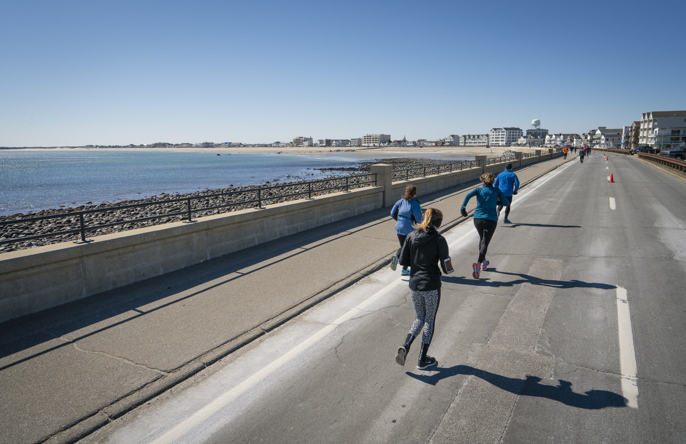 Runners at the Wall in Hampton New Hampshire