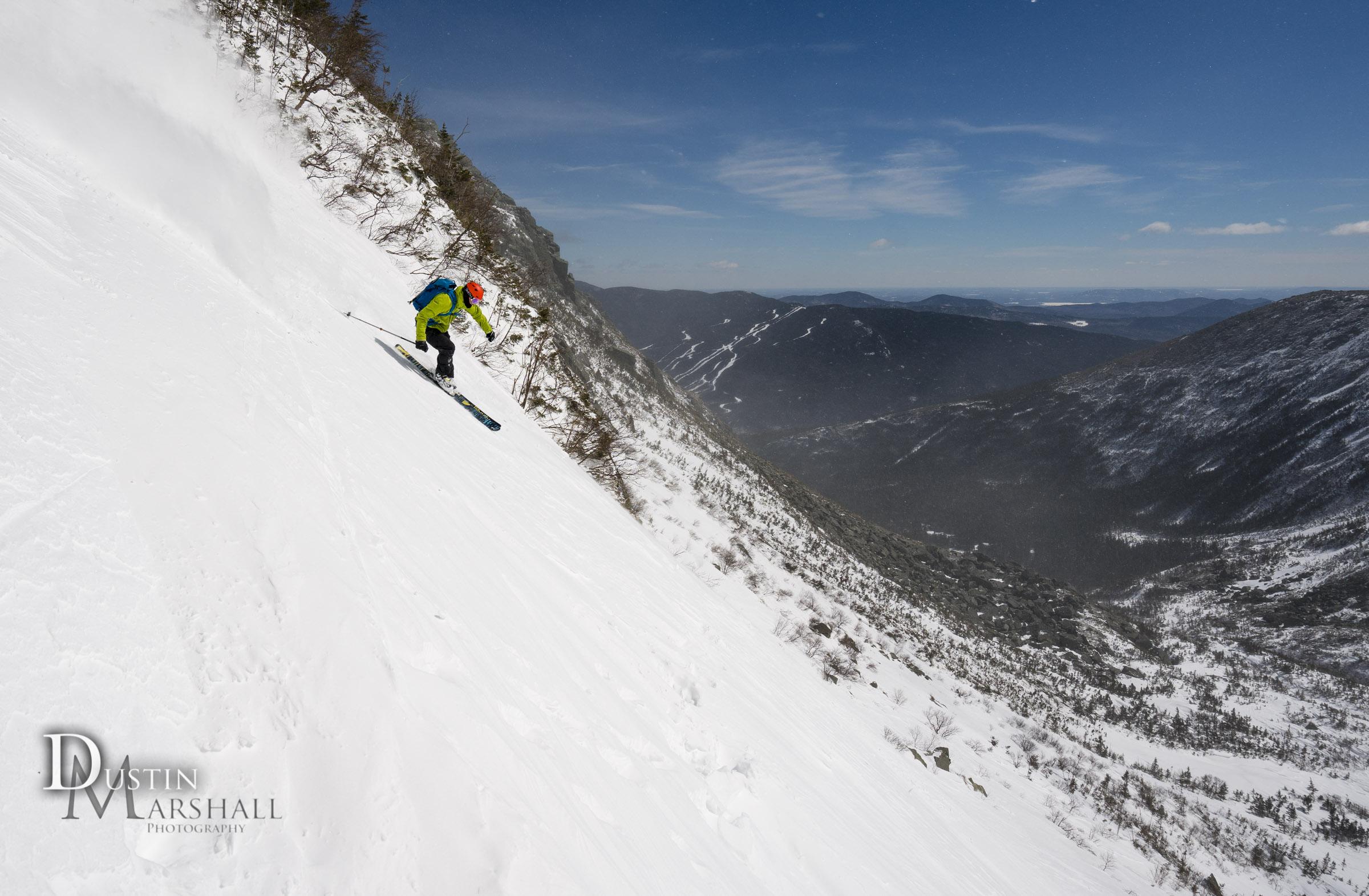 Skiing right gully in Tuckerman Ravine Mt Washington