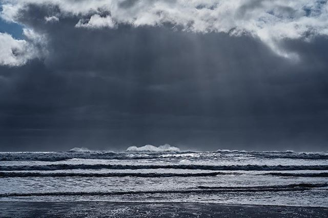 """The sea was angry that day, my friends, like an old man trying to send back soup in a deli."" . #riley #storm #surf #seinfeld #marinebiologist #beach #clouds #crepuscularrays #waves #landscape #ocean"