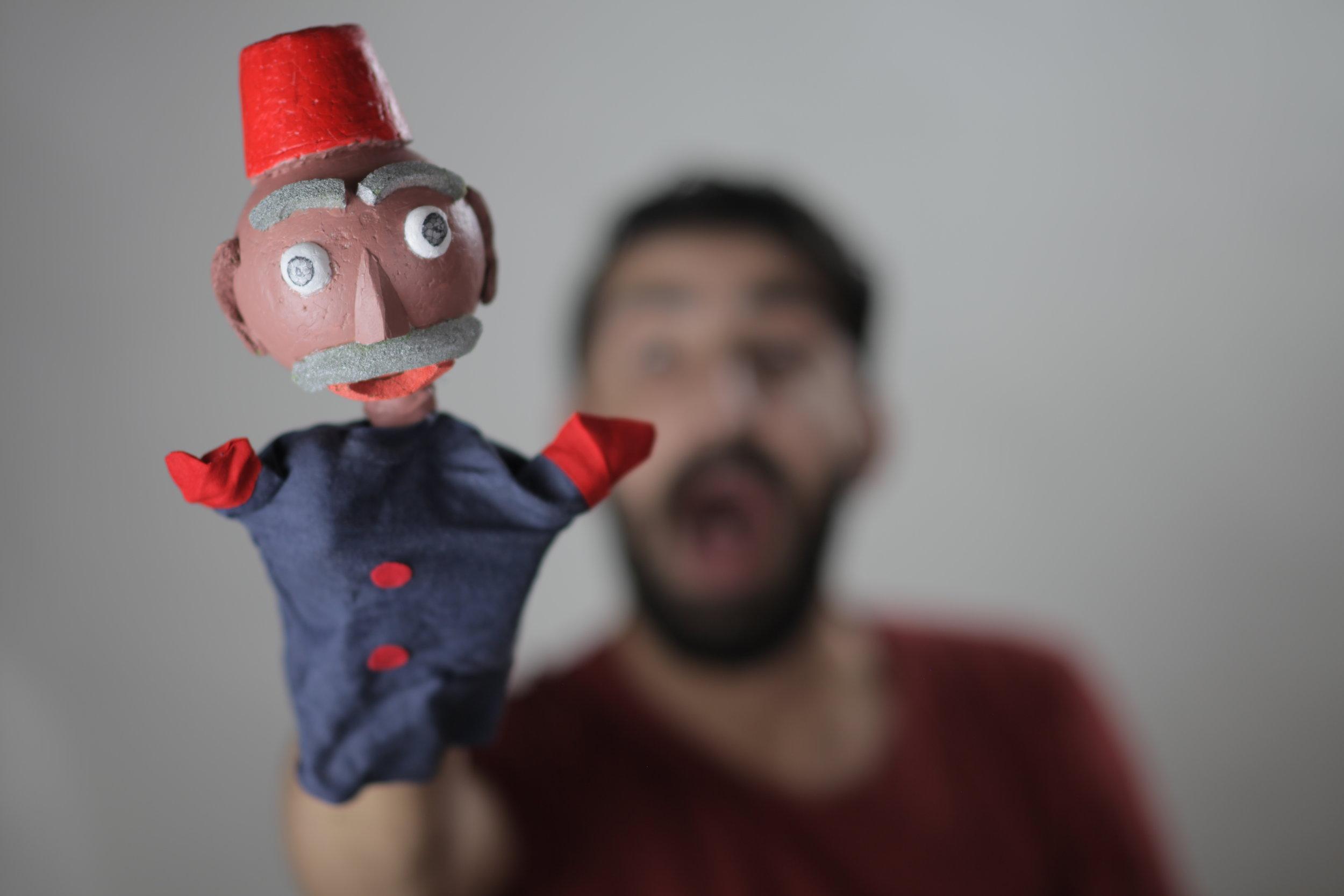 أنشطة بالعطلة الصيفة - دورات تدريبية لمسرح الدُمي وعروض مسرحية باللغتين العربية والسويدي