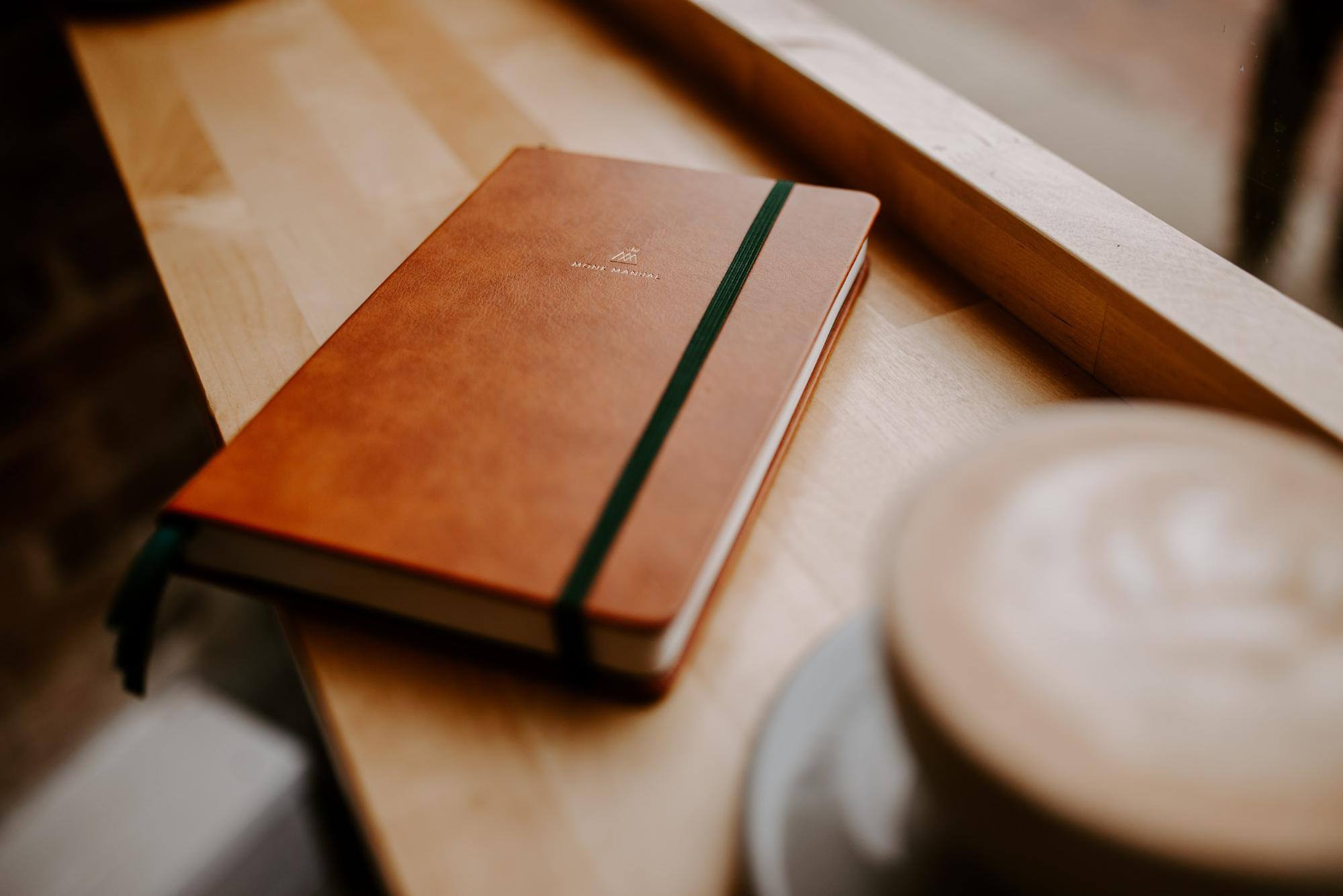 That sleek leather. Those deep green bookmarks. The crisp pages. Mmmmmmhm.