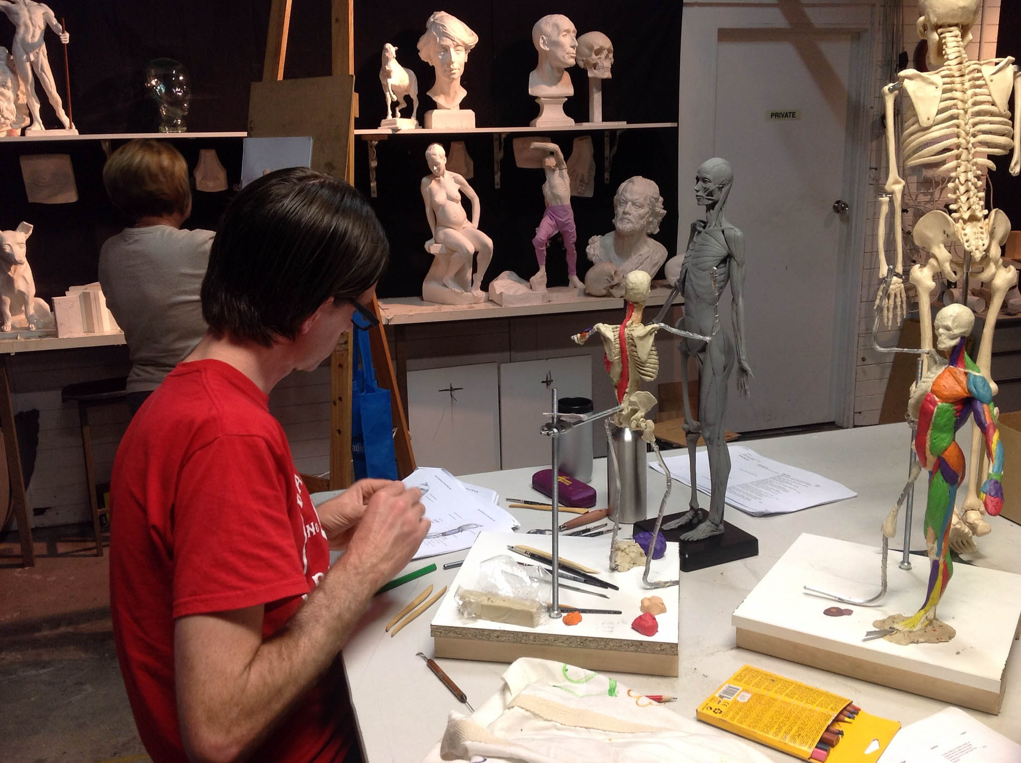 A student studying anatomy in Scott's class at the Atelier Art Classes, Brisbane studio.