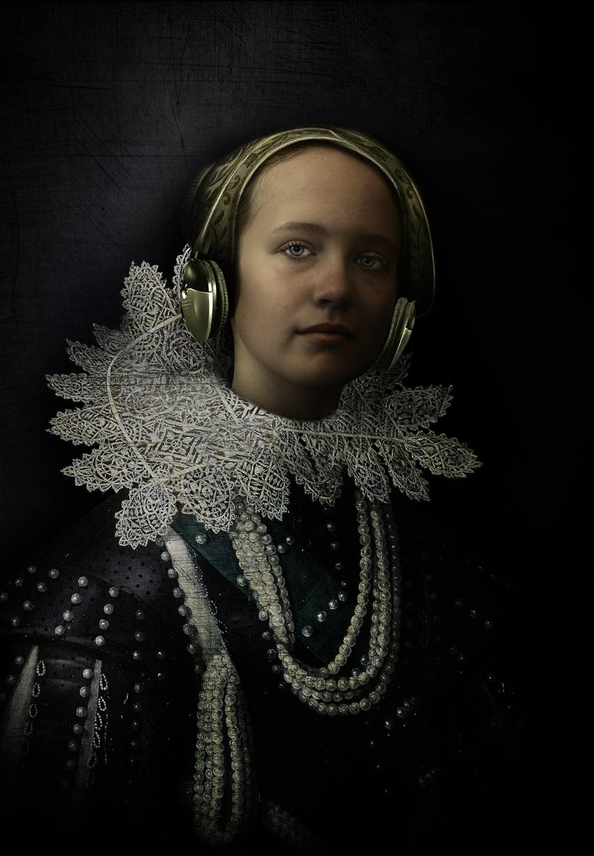 Grace-headphones_2.jpg
