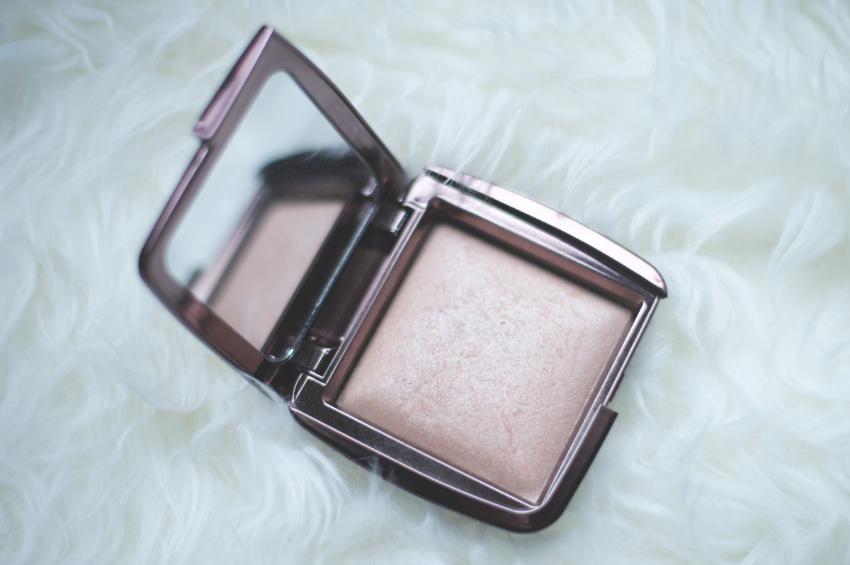 Tasha-James-The-Glossier-Blogger-Fashion-Beauty-Makeup-Favorites-November-2014-14.png