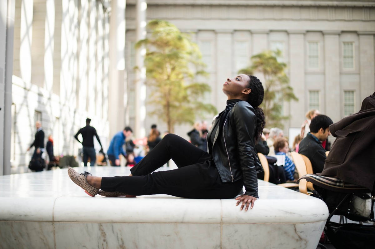 The-Glossier-Moonrise-District-Meet-Photography-Fashion-Style-Blogger-DC-National-Portrait-Gallery-10.jpg