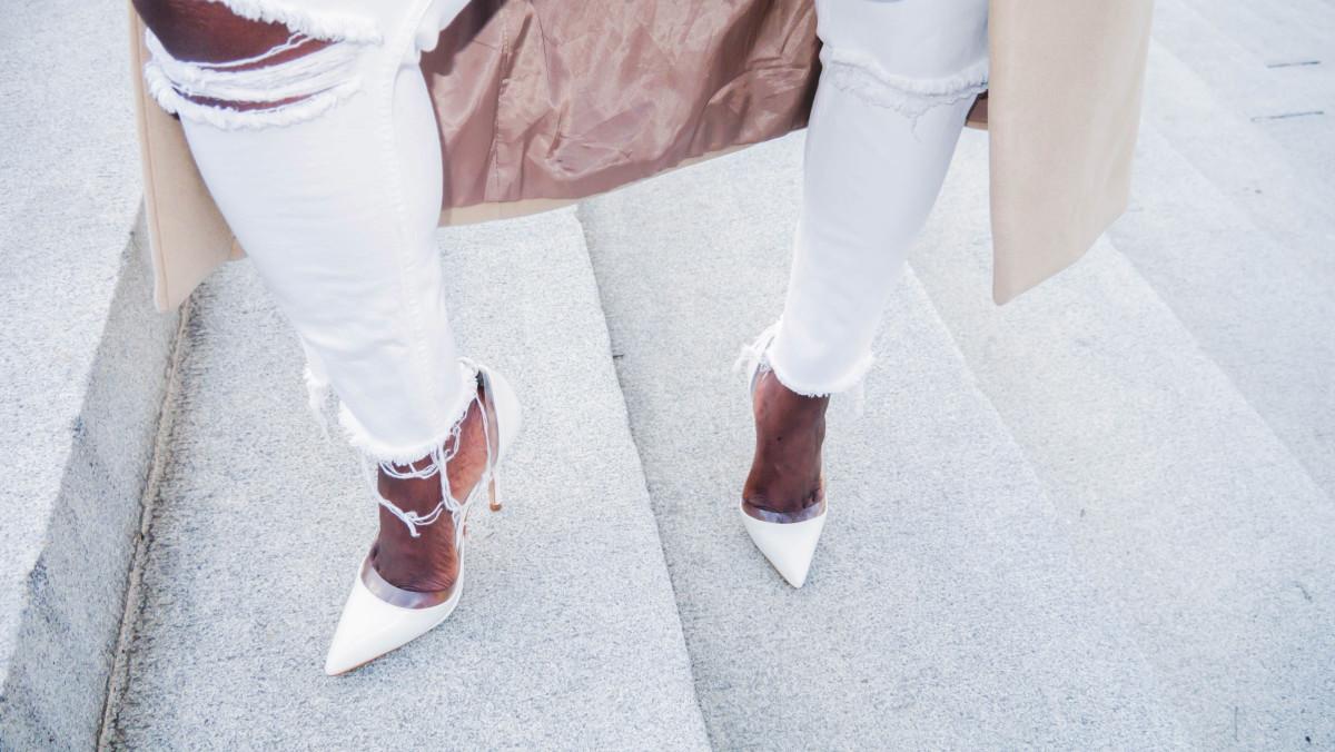 The_Glossier_Tasha_James_Style_Fashion_Blogger_Kim_Kardashian_Camel_Coat_White_Monochromatic_DC-25 copy