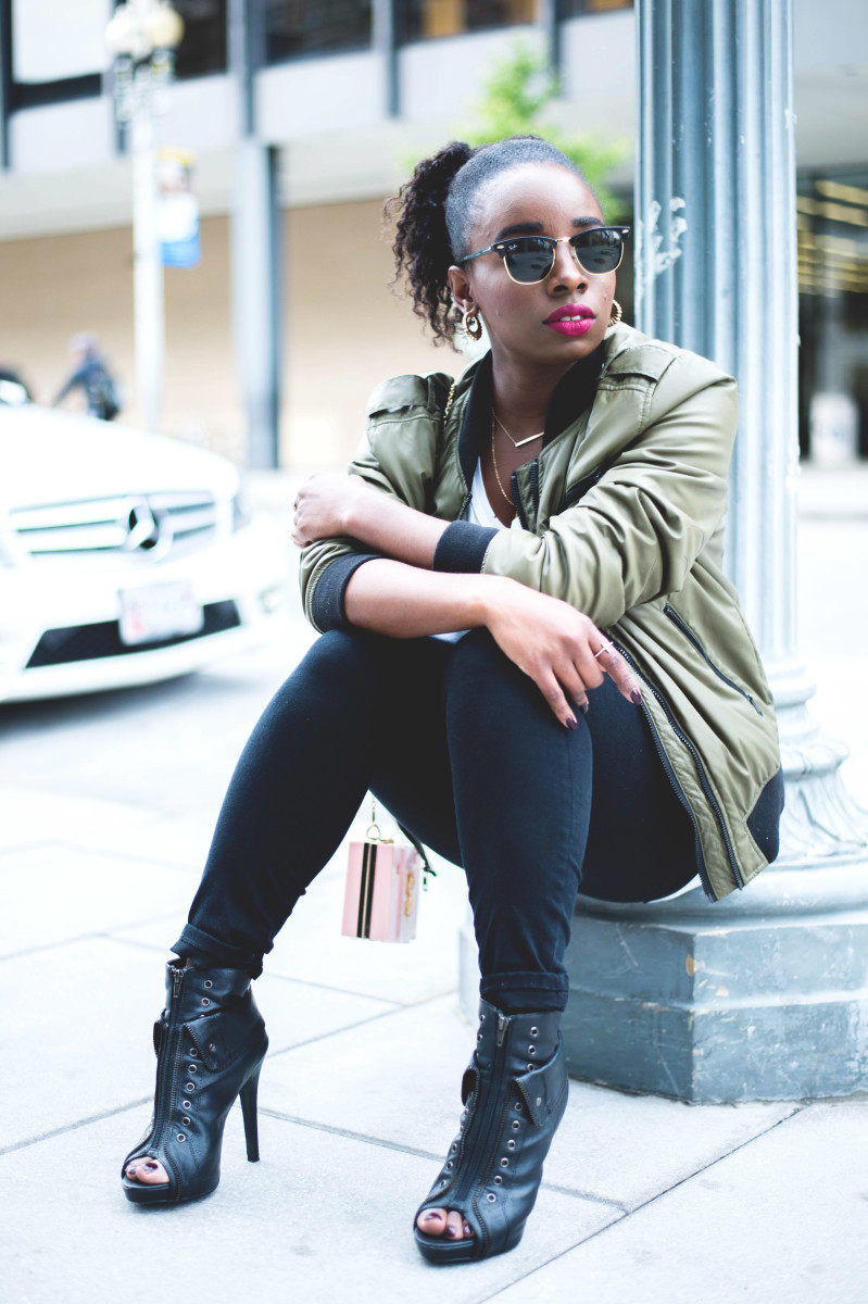 The-Glossier-Fashion-Blogger-Style-William-Rast-Target-Bomber-Jacket-Fall-2015-DC-14.jpg