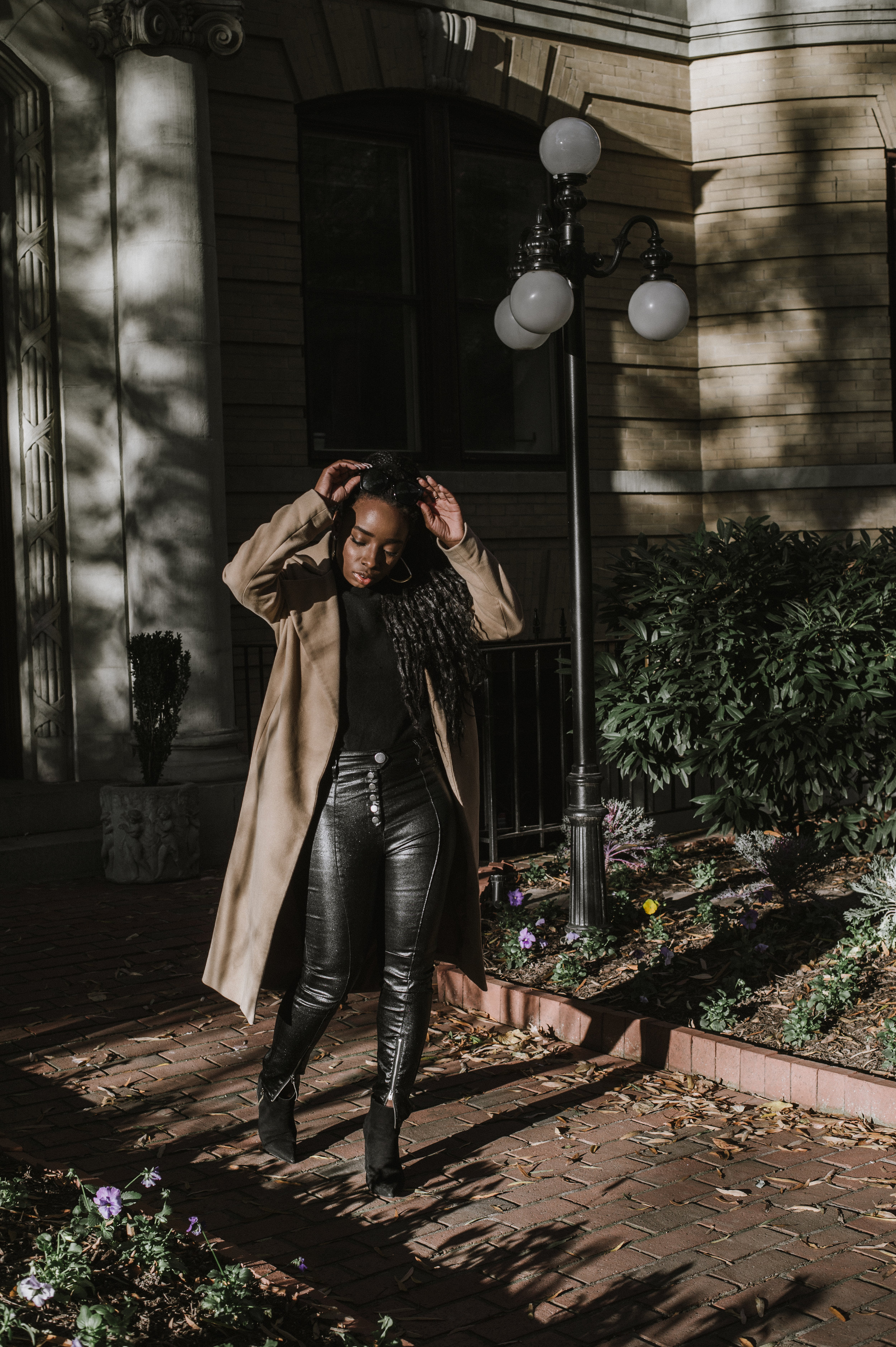 The-Glossier-Tasha-James-Fashion-Style-Blogger-DC-Winter-Coat-All-Black-13.jpg