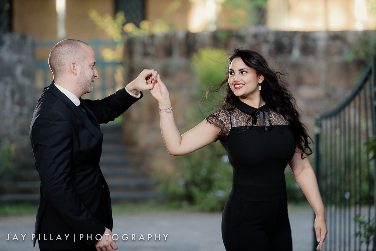 The focus must always be on the subjects irrespective of the scene. This location is not as dramatic but the viewer is drawn to the moment being shared by the couple