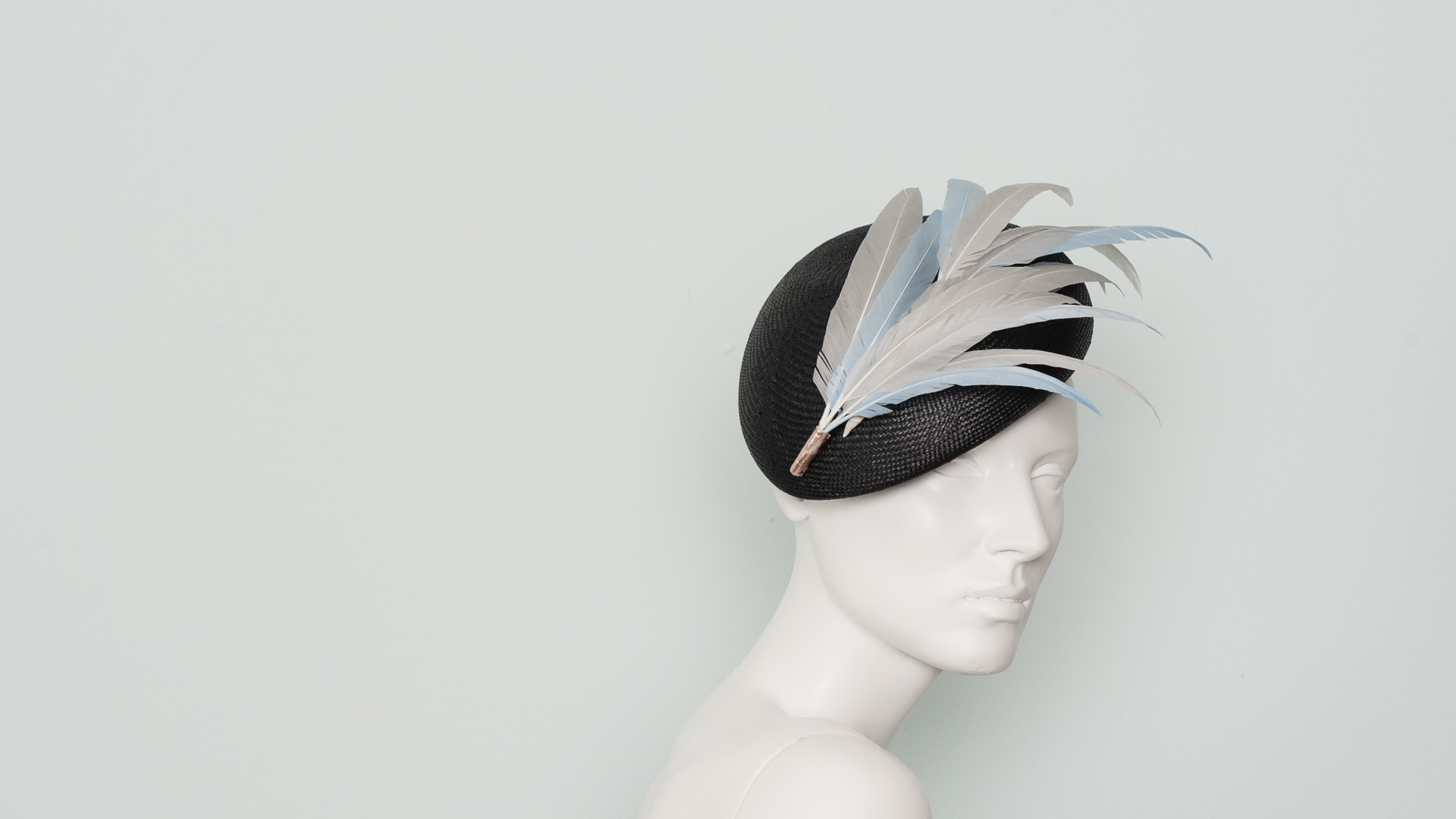 Feather bamboo beret