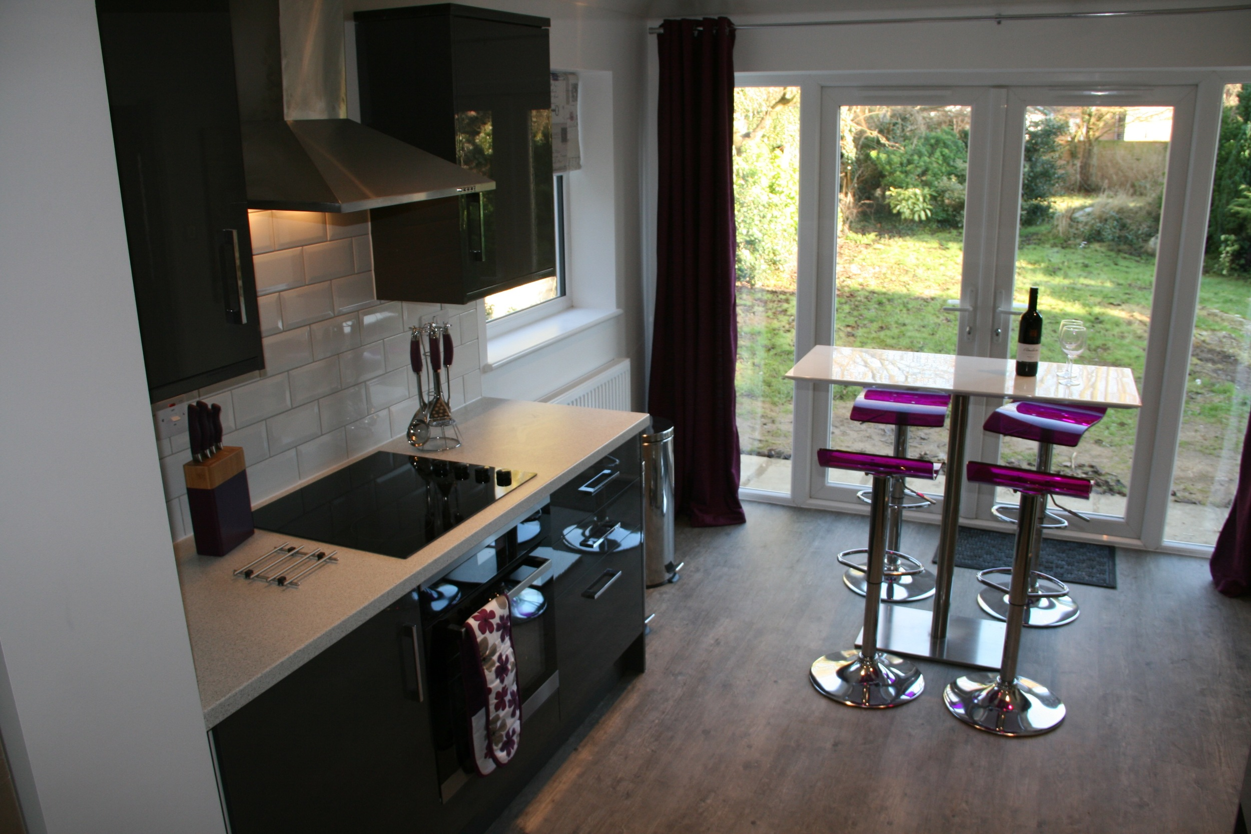 Kitchen with garden view.jpg
