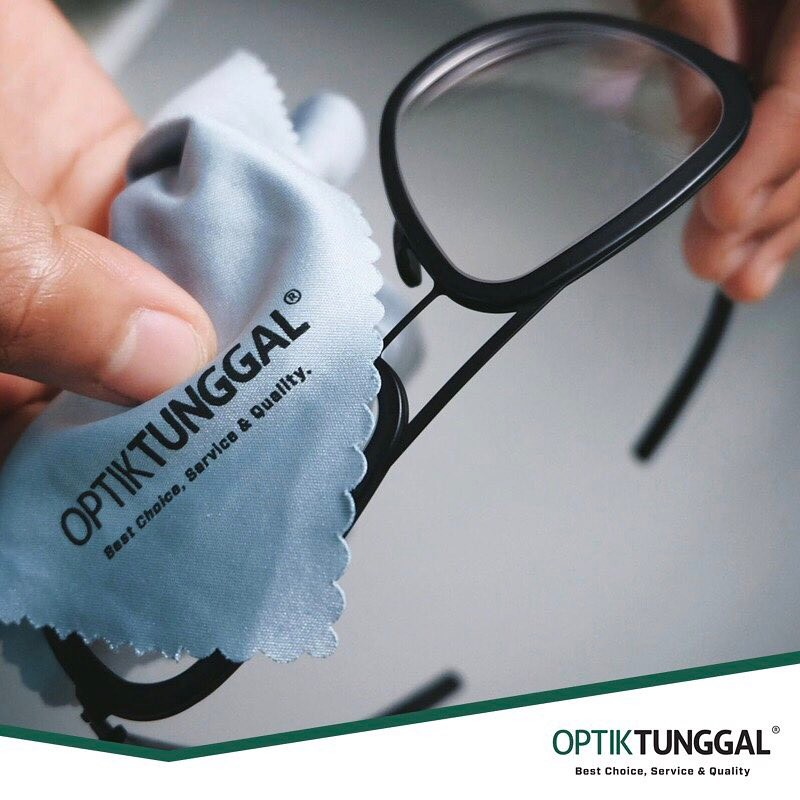 Optik Tunggal is a renowned Indonesian optic operator with over 80 stores nationwide. It has over 40 international eyewear brands in its stable, and on the ready are well-trained opticians that provide assistance and consult.