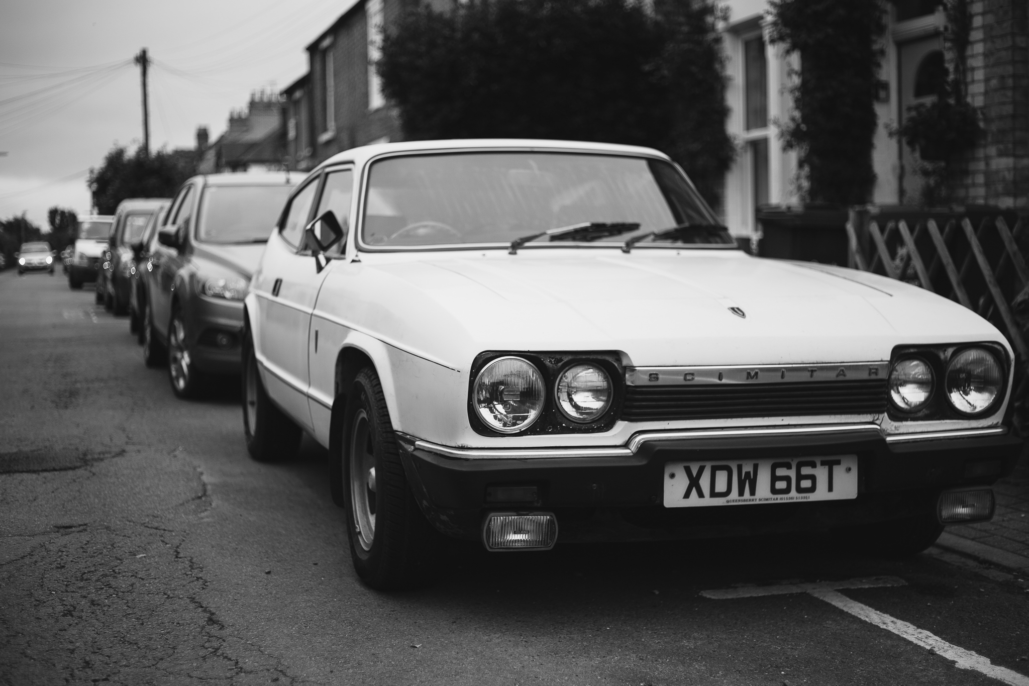 The Reliant Scimitar looks like a small, shooting-brake cousin of the Ford Capri