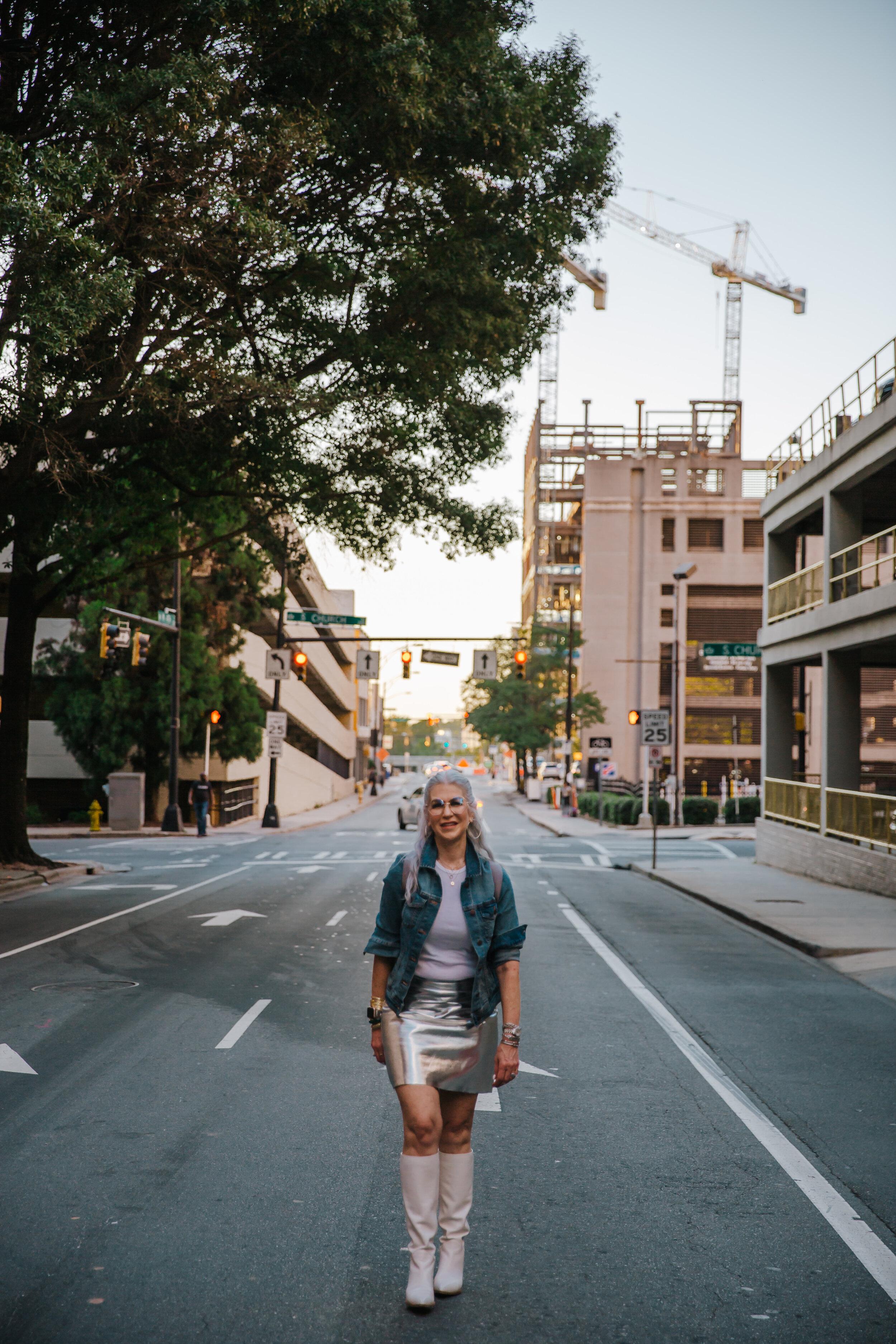 Lisa silver skirt september 2019-82.jpg