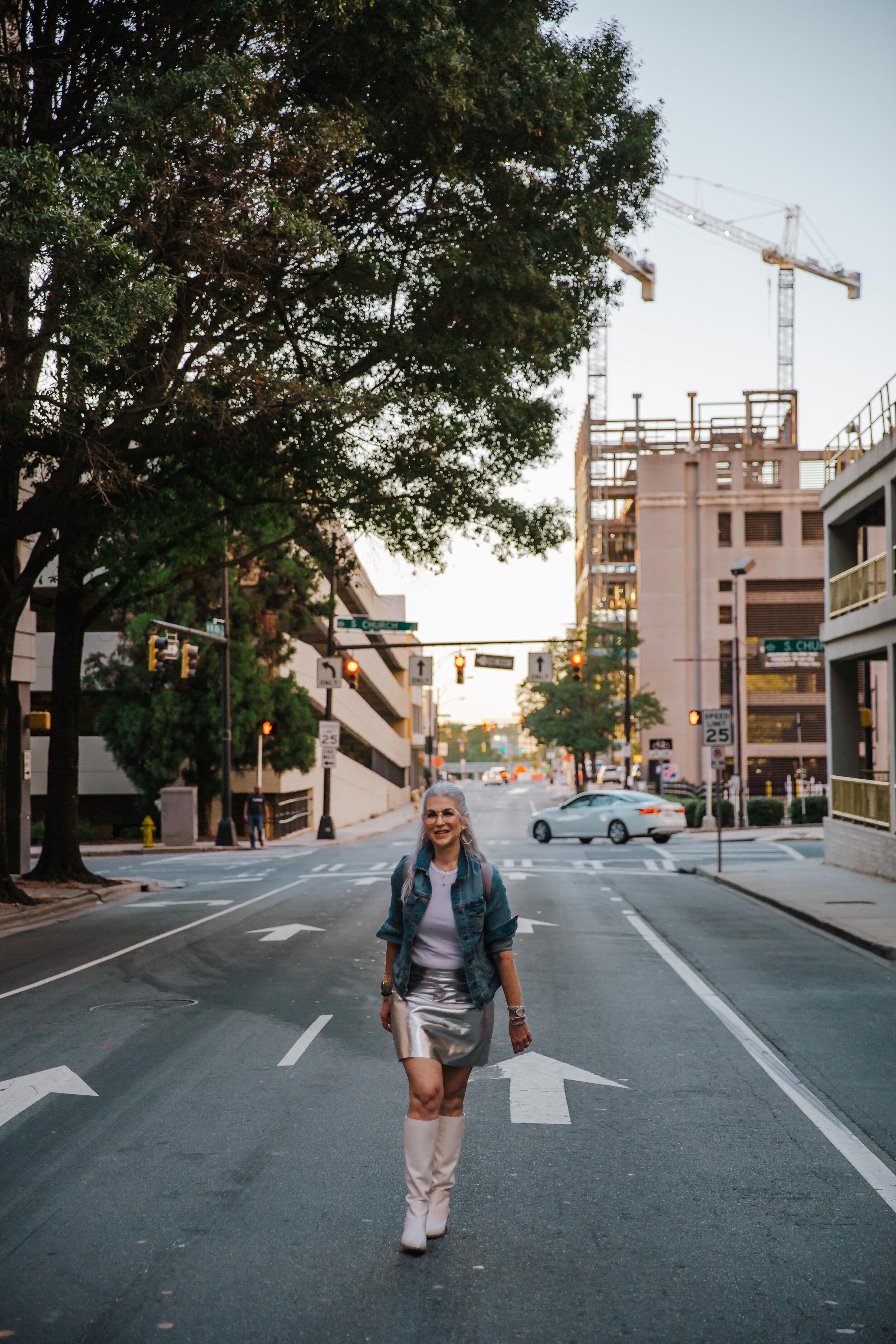 Lisa silver skirt september 2019-81.jpg