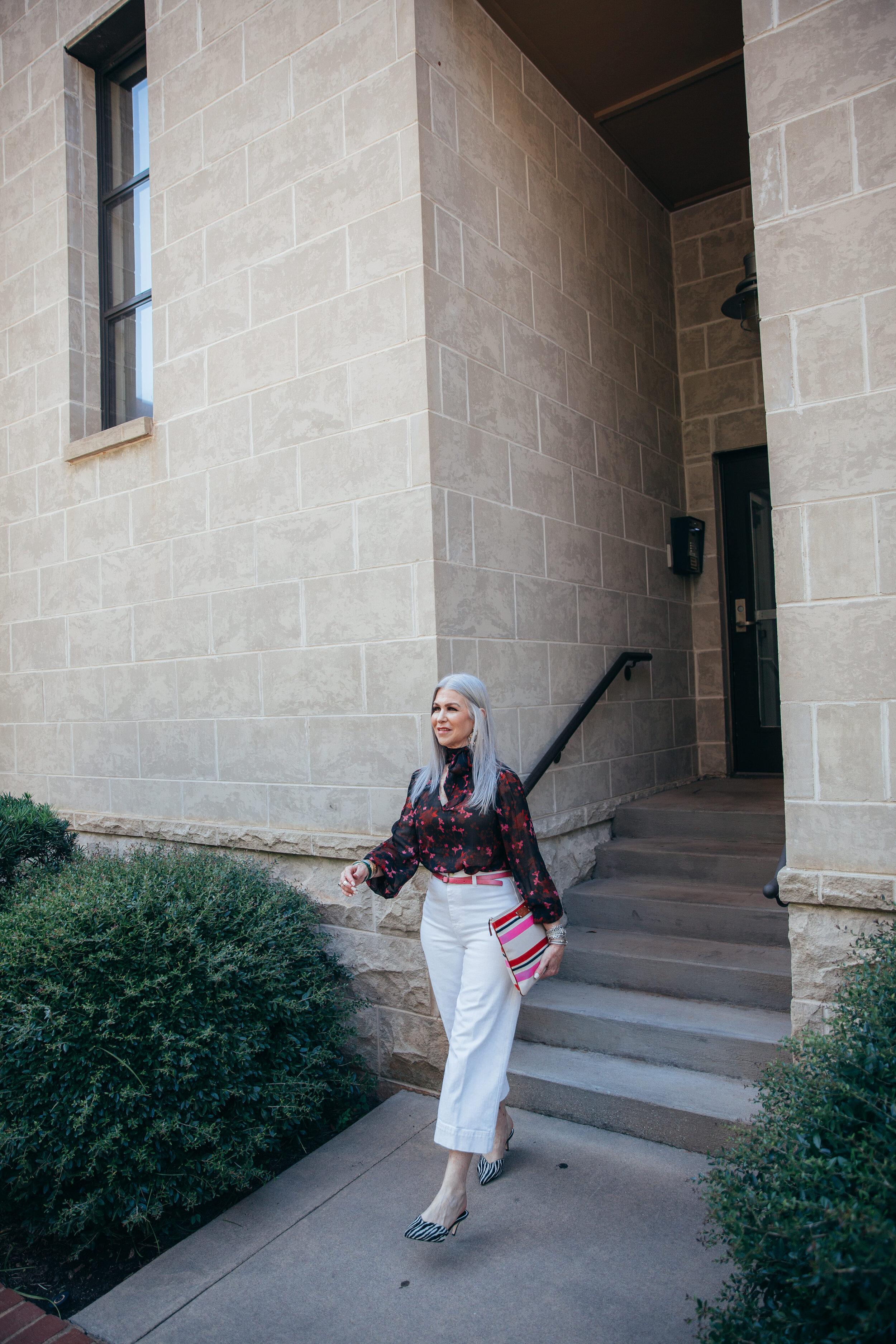 Lisa Greenville Cabi blouse 2019-23.jpg