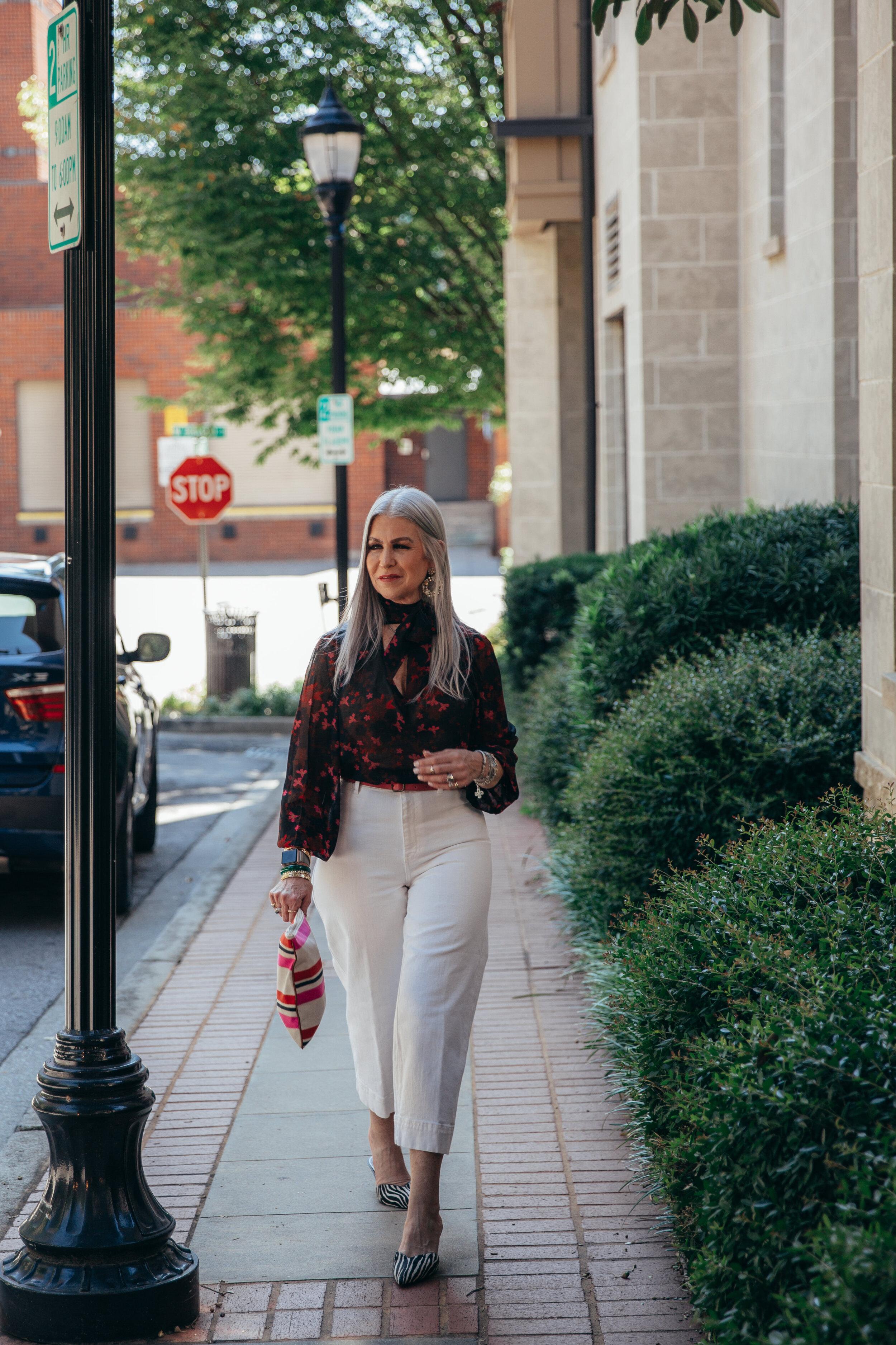 Lisa Greenville Cabi blouse 2019-24.jpg