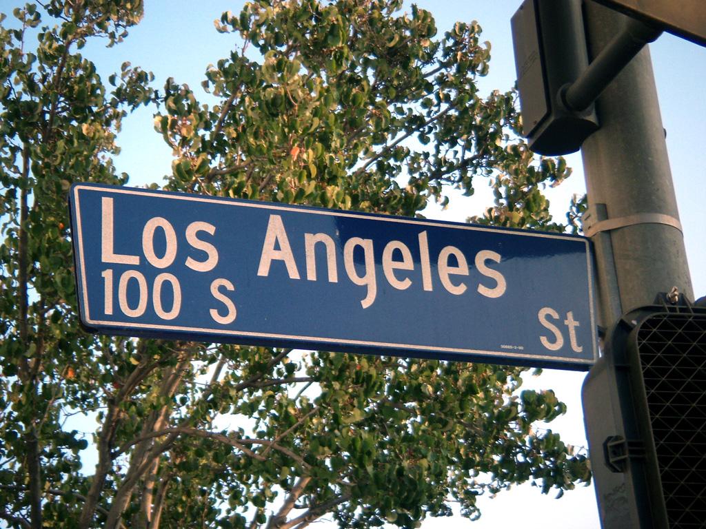 los-angeles-street-01.jpg