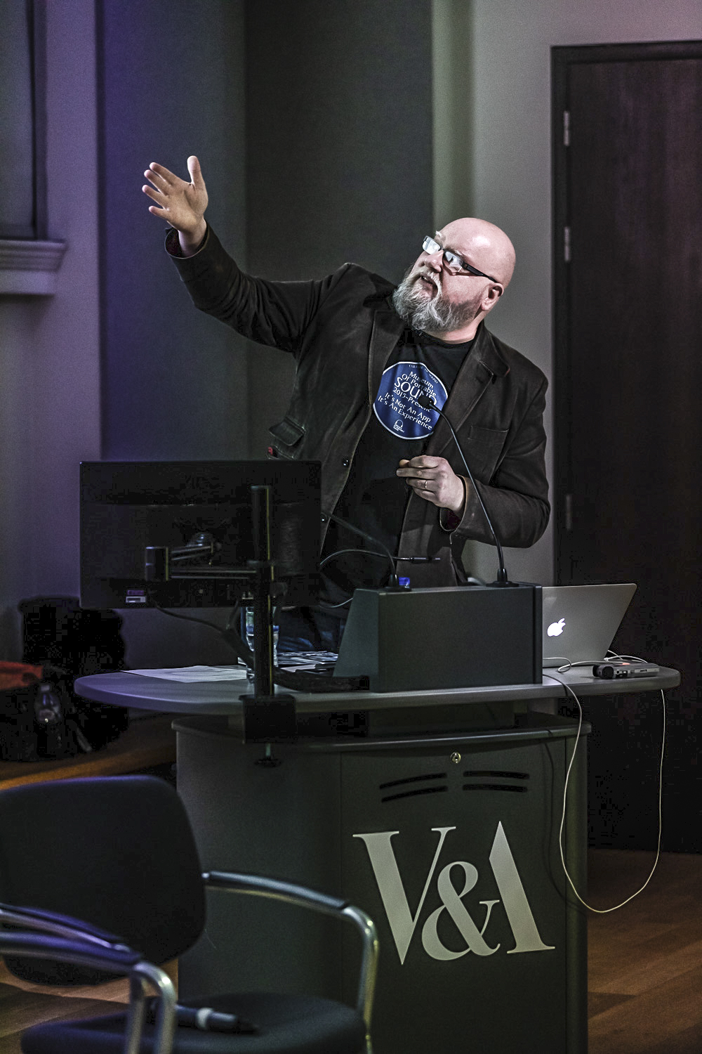Speaking about the Museum of Portable Sound during   Friday Late: Sonic Boom   at the V&A, London, 22 February 2019. (Photo © Hydar Dewachi)