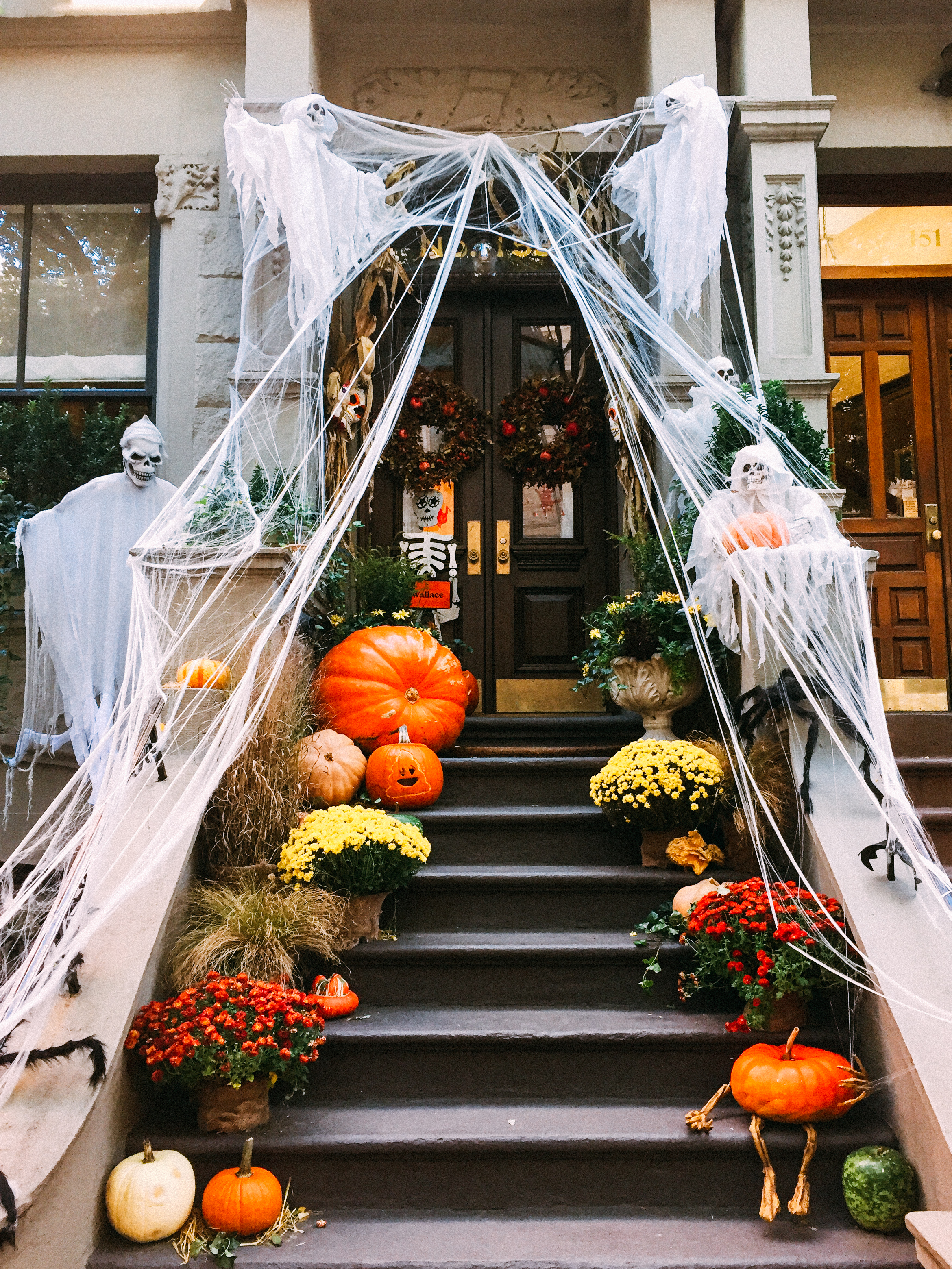NYCHalloween_QuinnsPlace-15.jpg