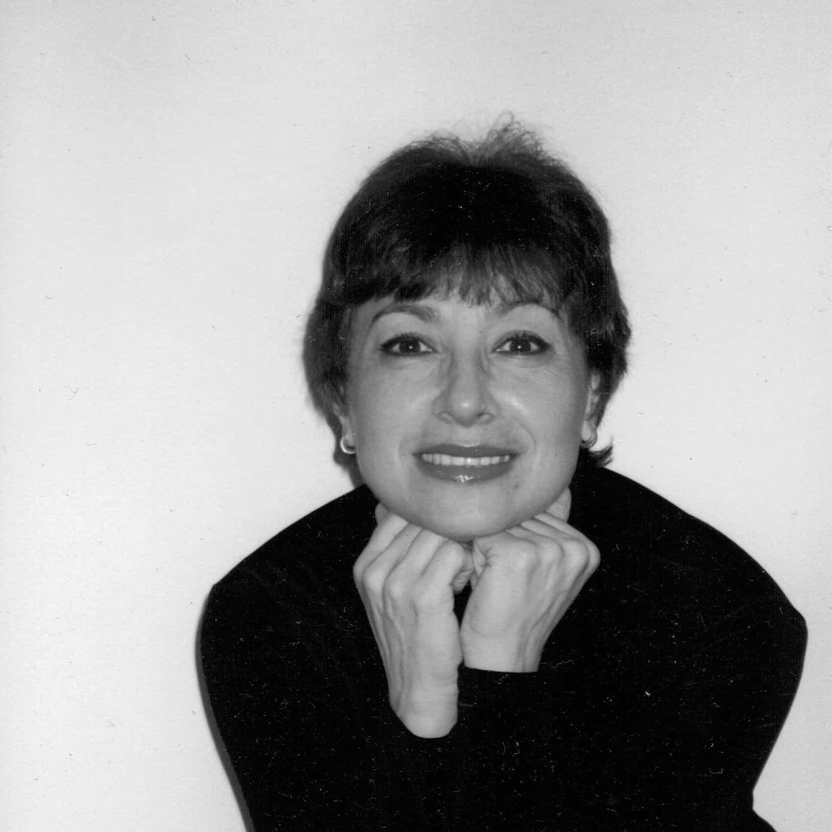 Olga Meyer Headshot Web.jpg